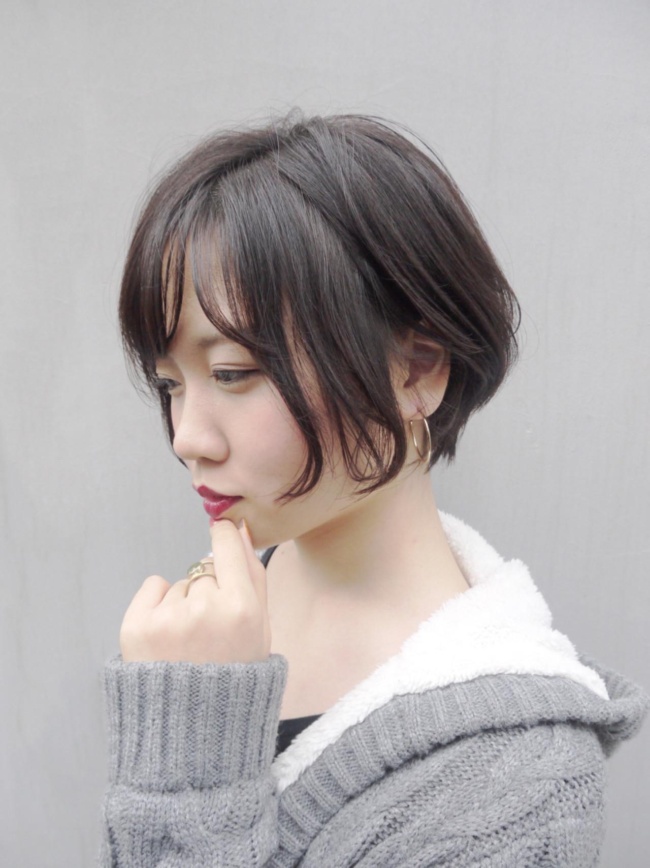 カーキグレージュの優しいイメージヘア Hiroki Sakuma【morio原宿】