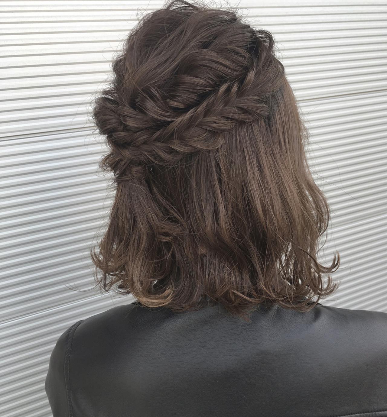 フィッシュボーン ナチュラル 編み込み ボブ ヘアスタイルや髪型の写真・画像