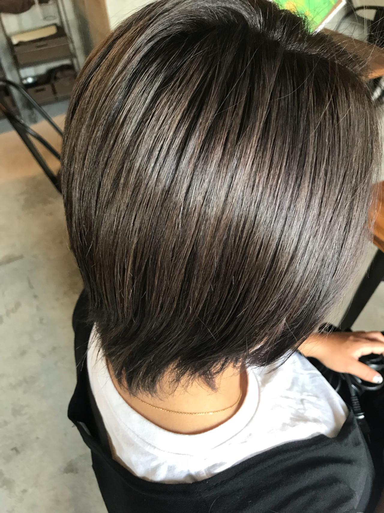 アッシュグレー グレー 外国人風カラー ストリート ヘアスタイルや髪型の写真・画像