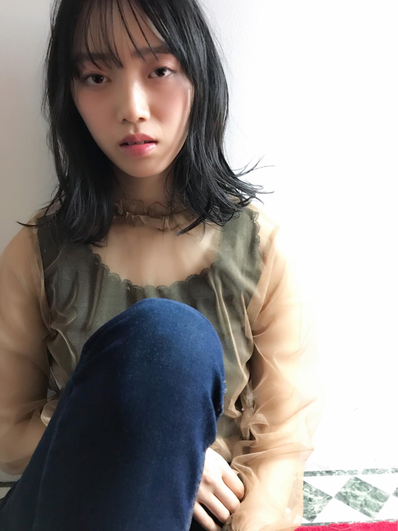 流行狙い☆シースルーバング×外ハネのミディヘア 今野 誠也