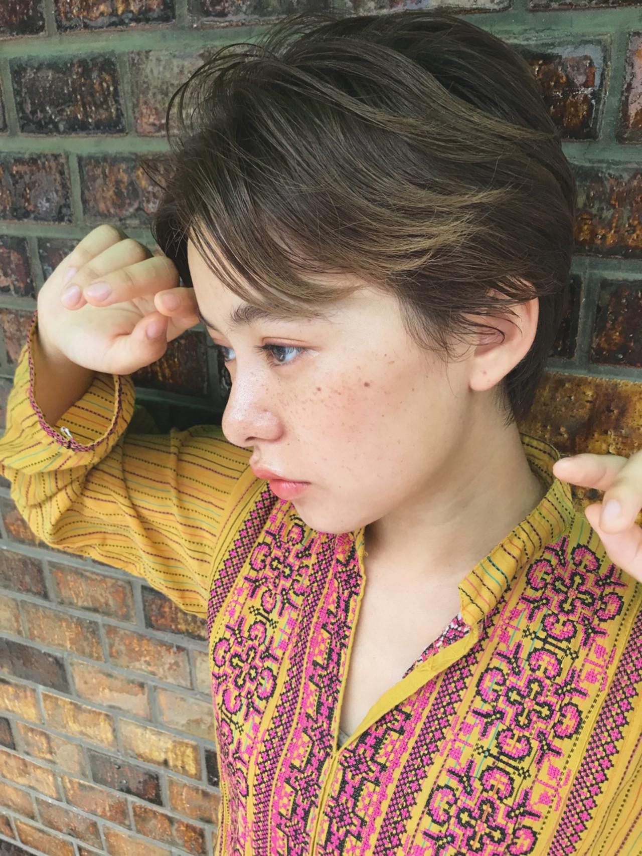 ハイライト レイヤーカット ベリーショート ガーリー ヘアスタイルや髪型の写真・画像