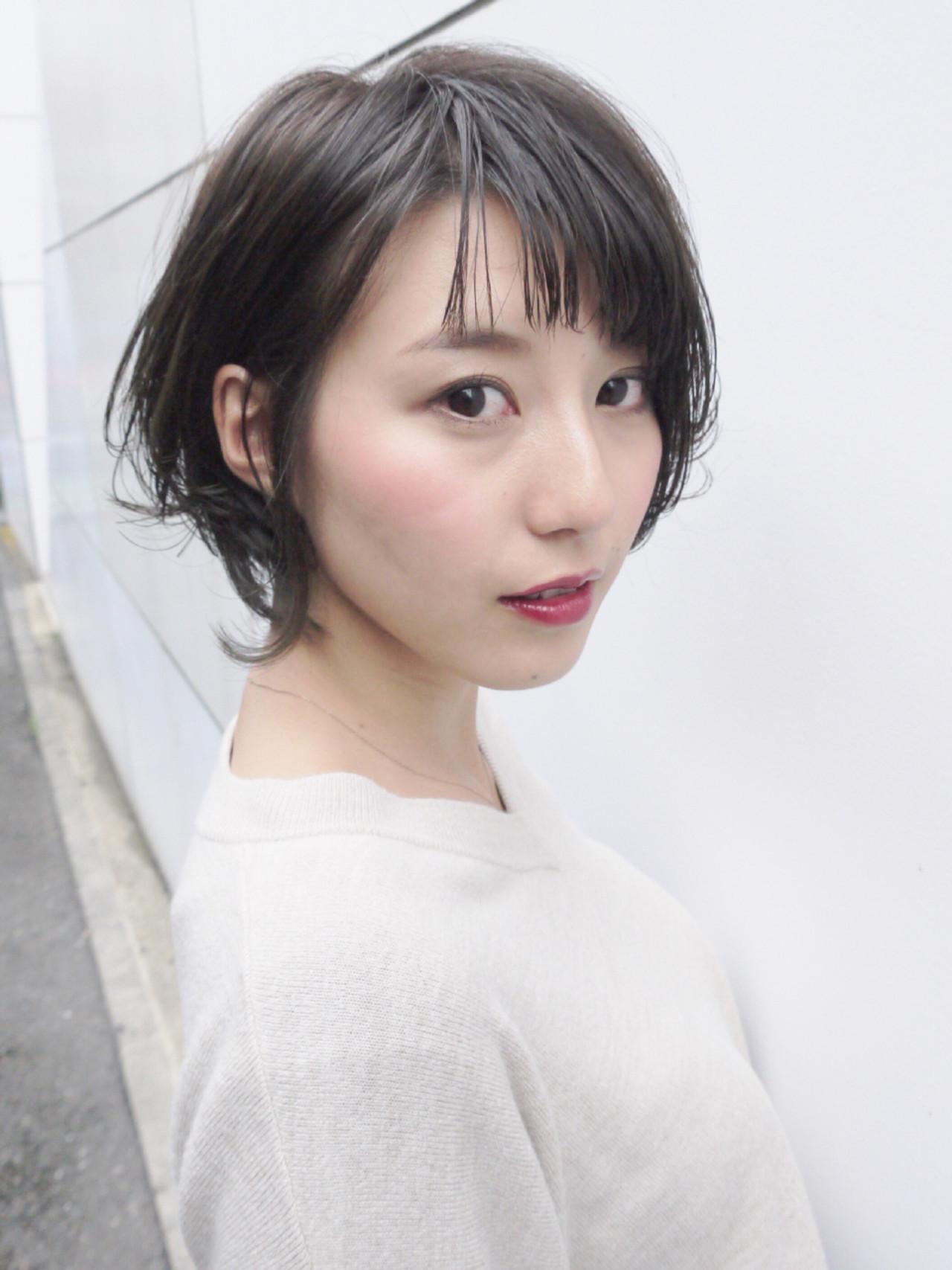 耳かけアレンジで色気をまとう大人スタイル! Hiroki Sakuma【morio原宿】
