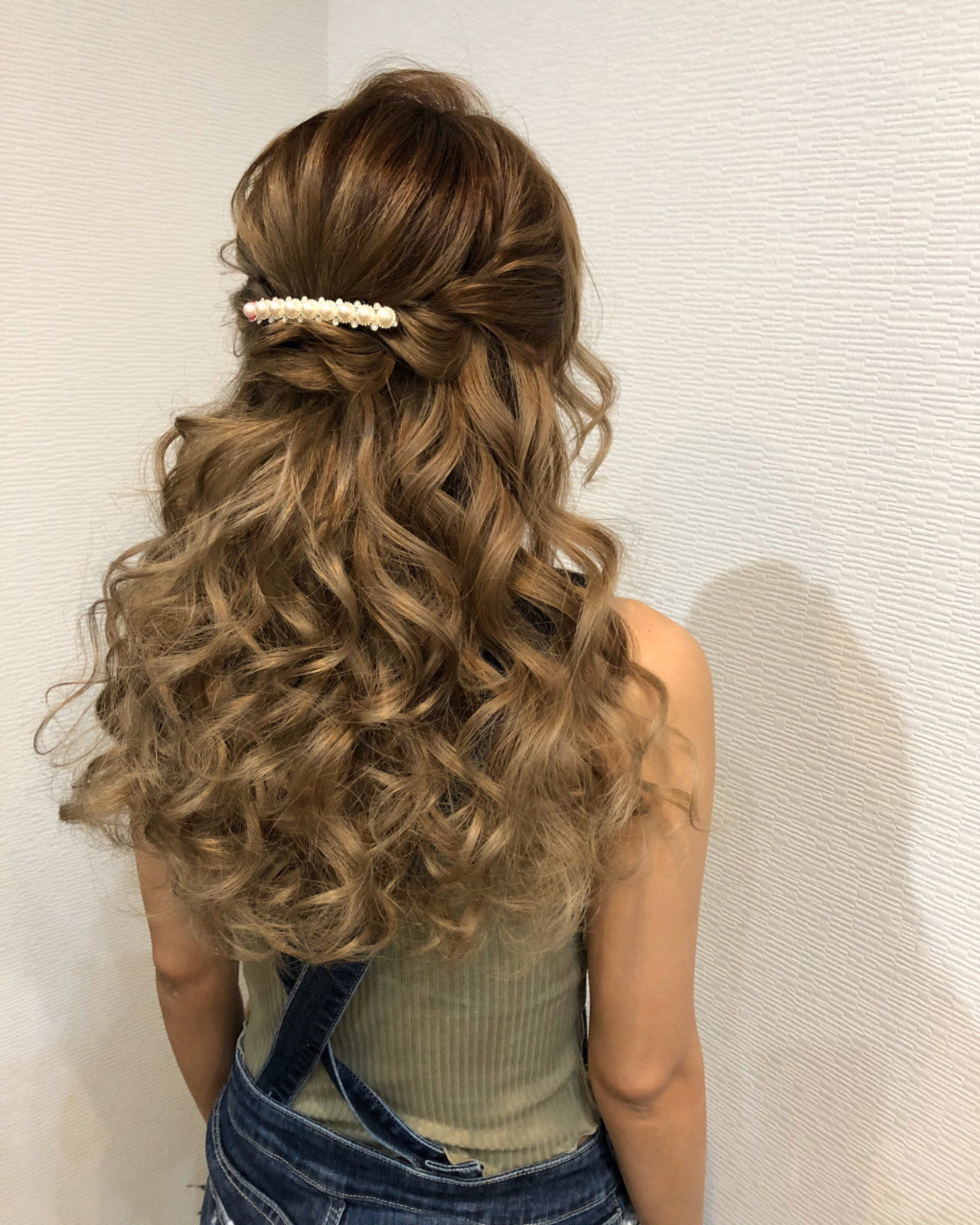 ヘアアレンジ ロング ハーフアップ フェミニン ヘアスタイルや髪型の写真・画像