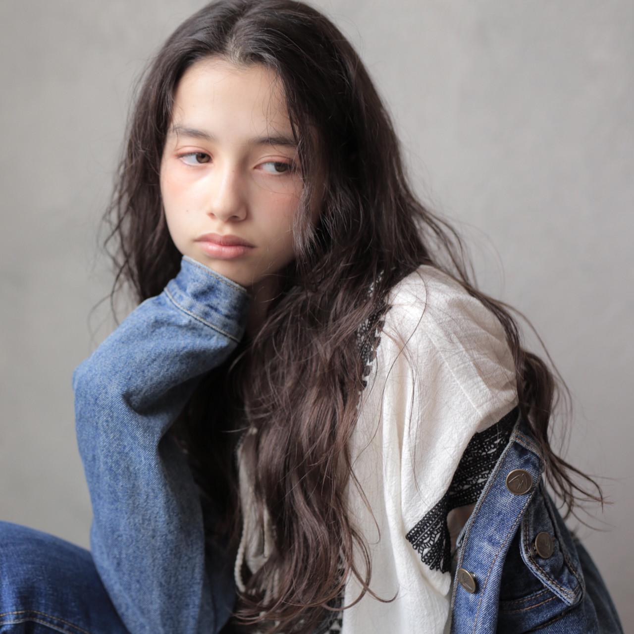 女子力 ウェーブ ロング パーマ ヘアスタイルや髪型の写真・画像