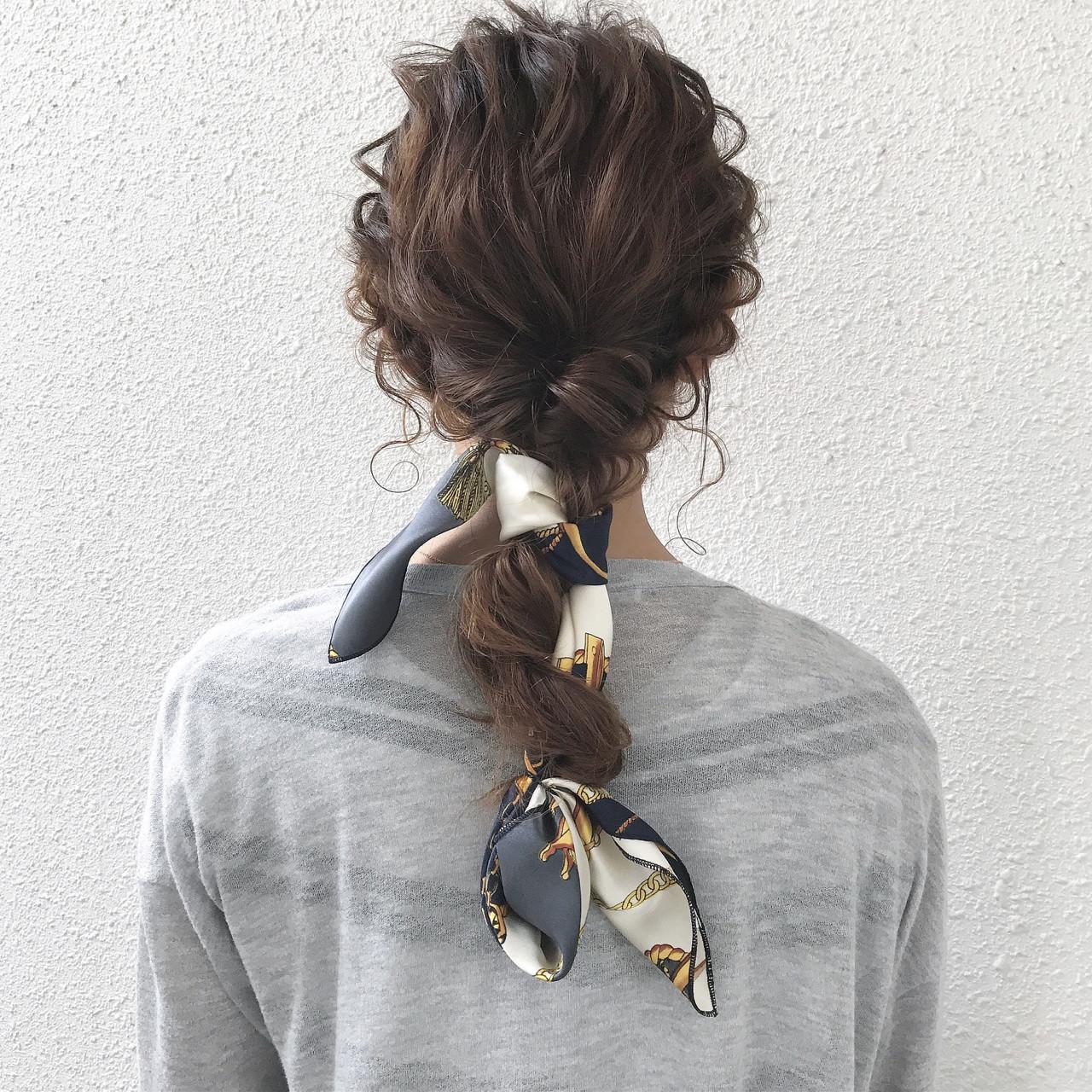 ヘアアレンジ セミロング ヘアアクセ 簡単ヘアアレンジ ヘアスタイルや髪型の写真・画像