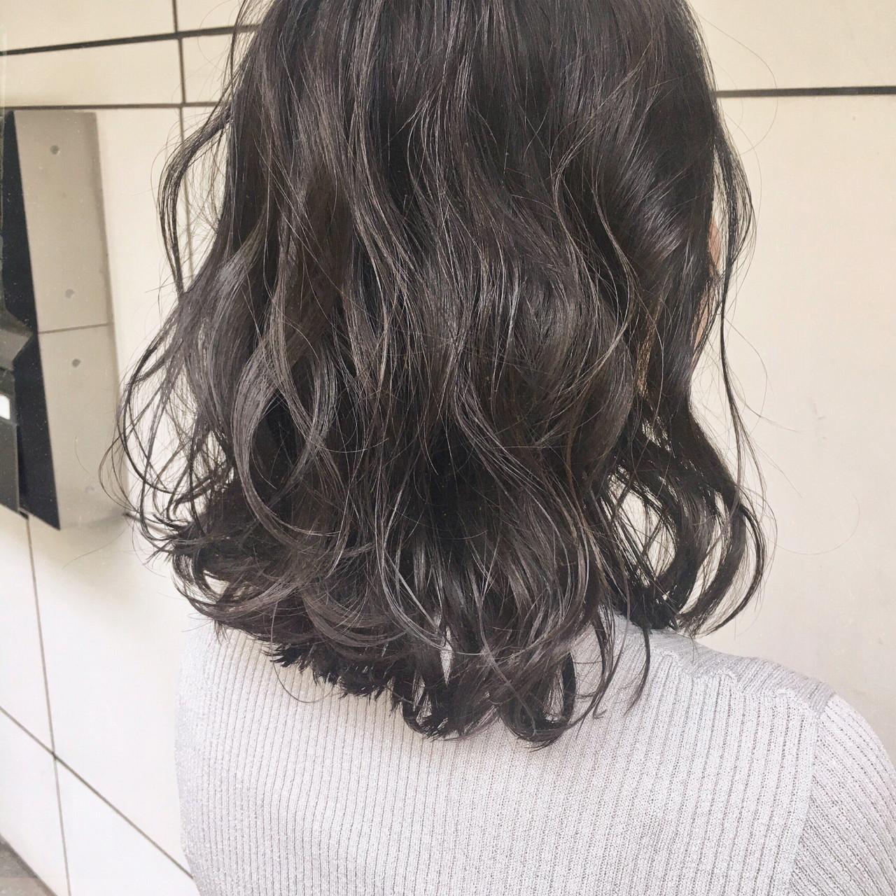 ミディアム アンニュイ フェミニン 大人かわいい ヘアスタイルや髪型の写真・画像
