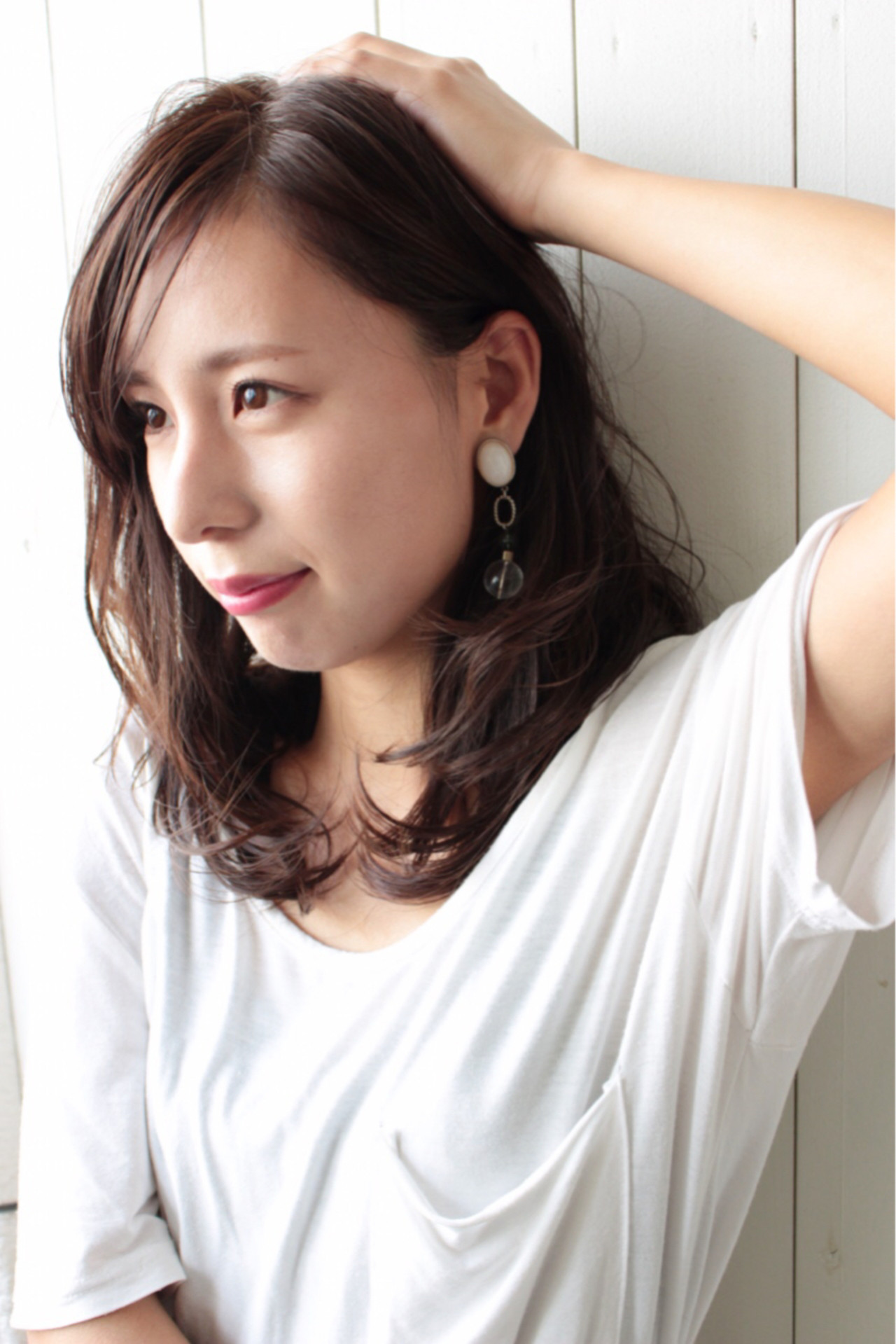 斜めバングと耳かけヘアで大人っぽく 松田 和幸 / K.Y.A