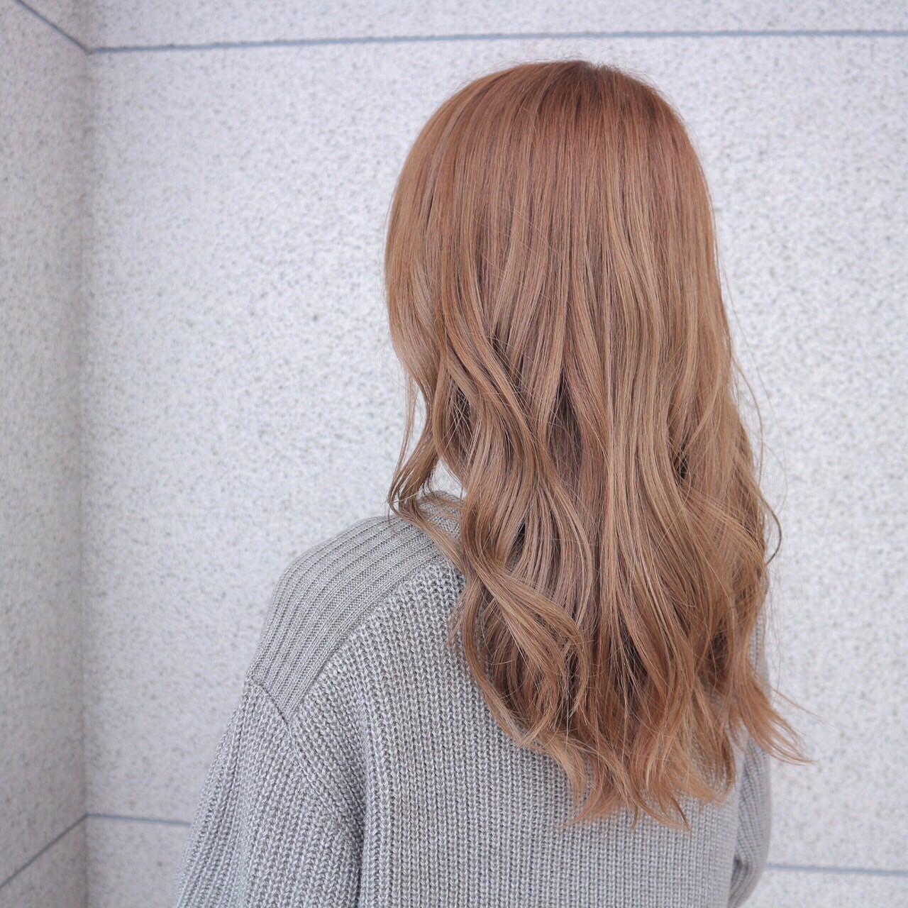 外国人風カラー ガーリー ヘアオイル アッシュグレージュ ヘアスタイルや髪型の写真・画像