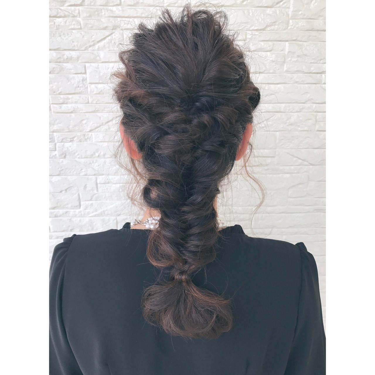 フィッシュボーン ロング ガーリー ヘアアレンジ ヘアスタイルや髪型の写真・画像