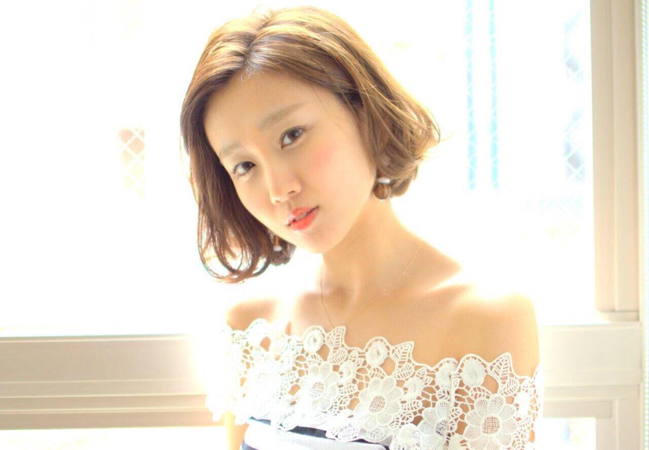 前髪なし☆ショートボブでフェミニンに Ayumi