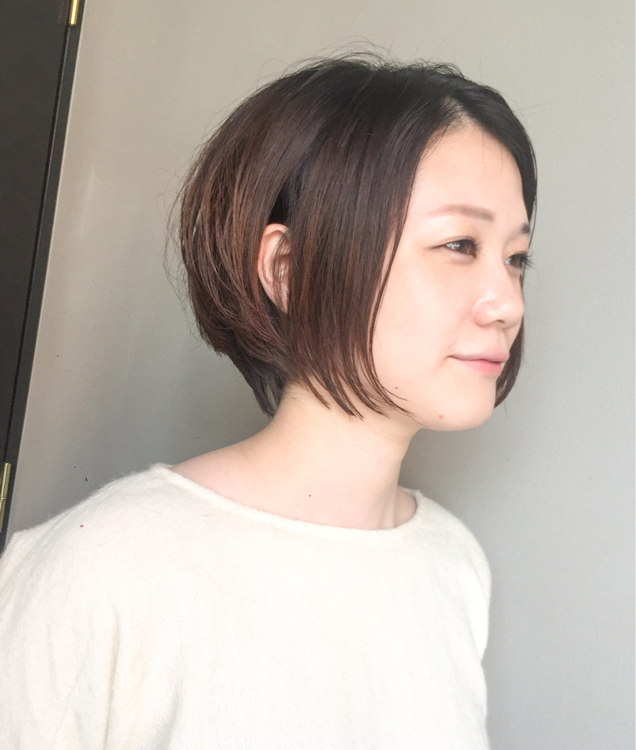ナチュラルにキマる♡大人カジュアルストレートヘア 岩城 浩子