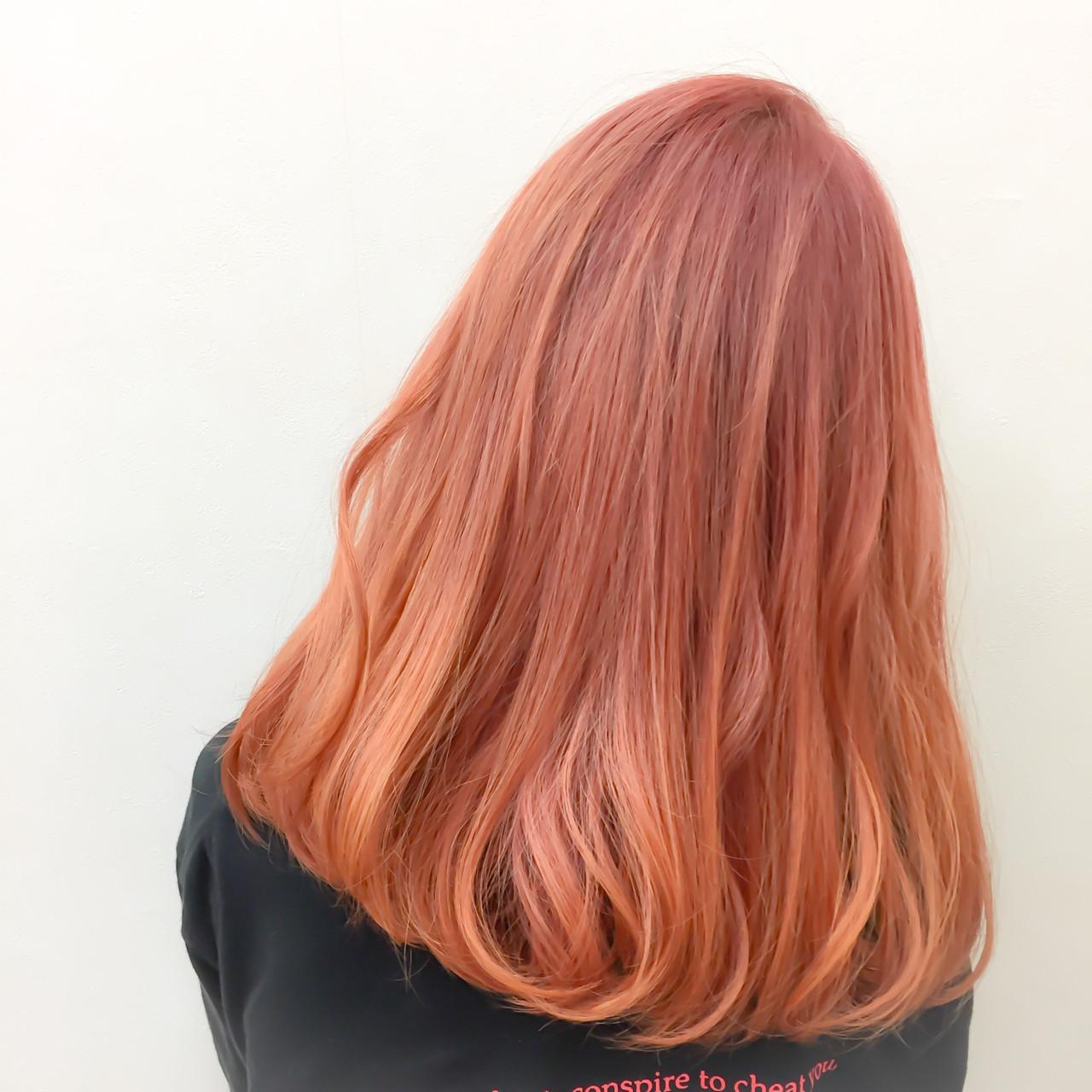 こなれた透け感のある髪色のポイントはブリーチ! Katsuhito Emori