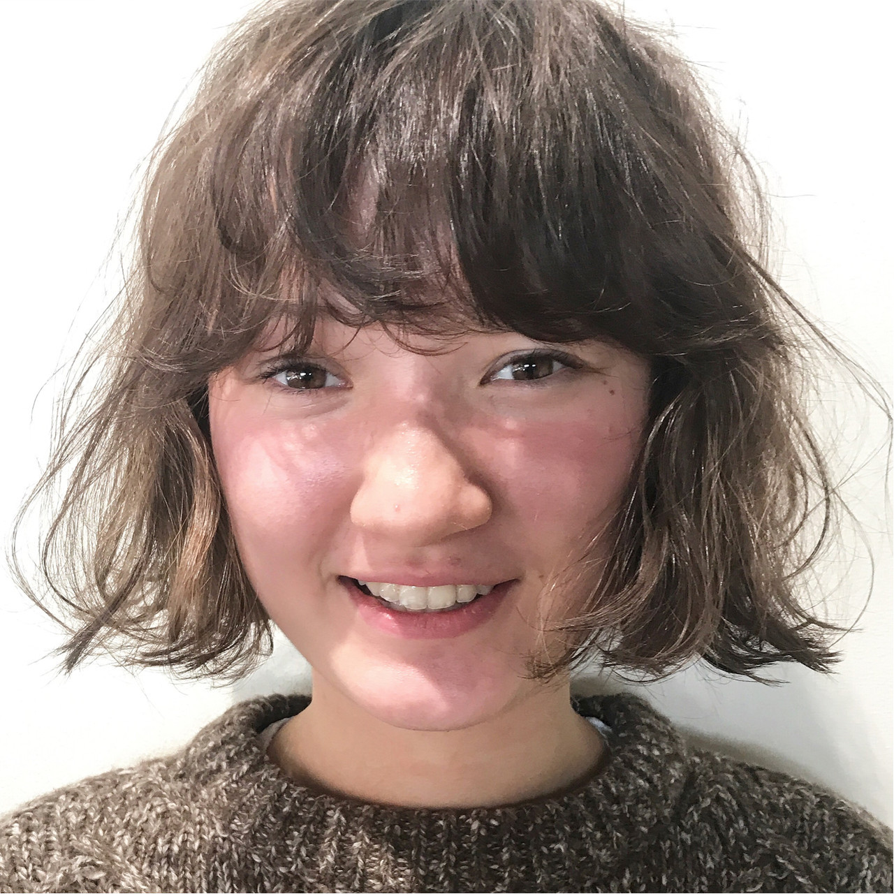 ブリーチ ナチュラル ダブルカラー パーマ ヘアスタイルや髪型の写真・画像