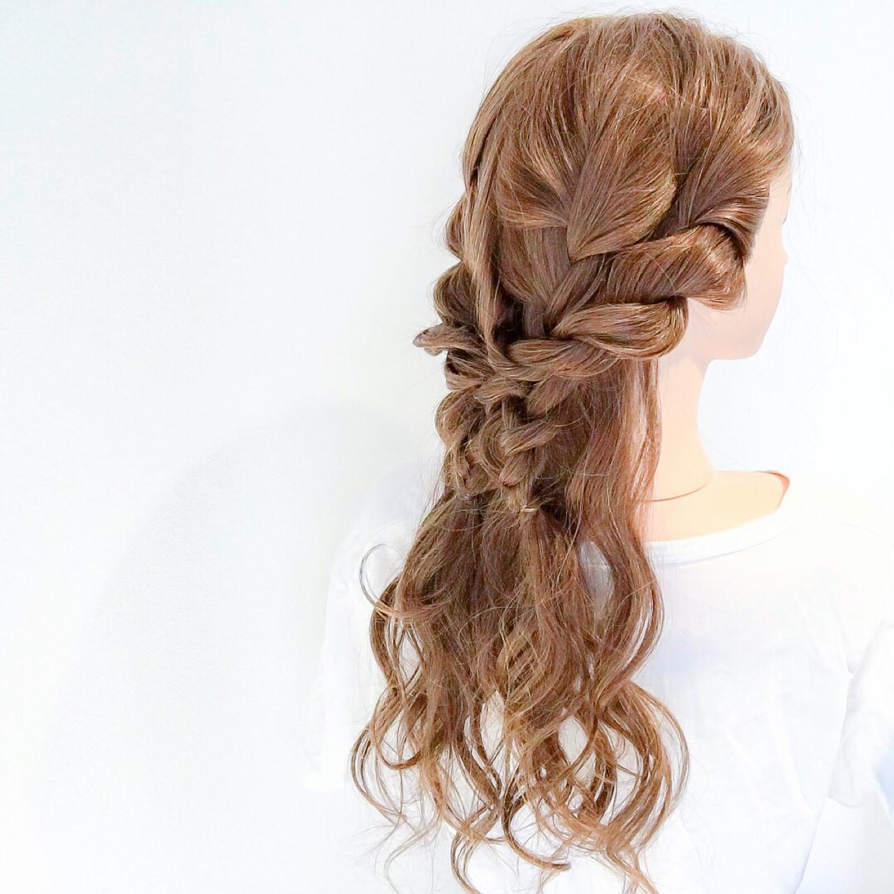 ダウンスタイルが色っぽ♡ヘアアレンジ 美容師 HIRO | Amoute/アムティ
