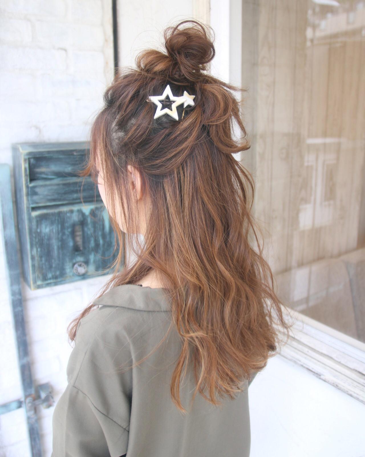 ヘアアレンジ ハーフアップ ロング ナチュラル ヘアスタイルや髪型の写真・画像
