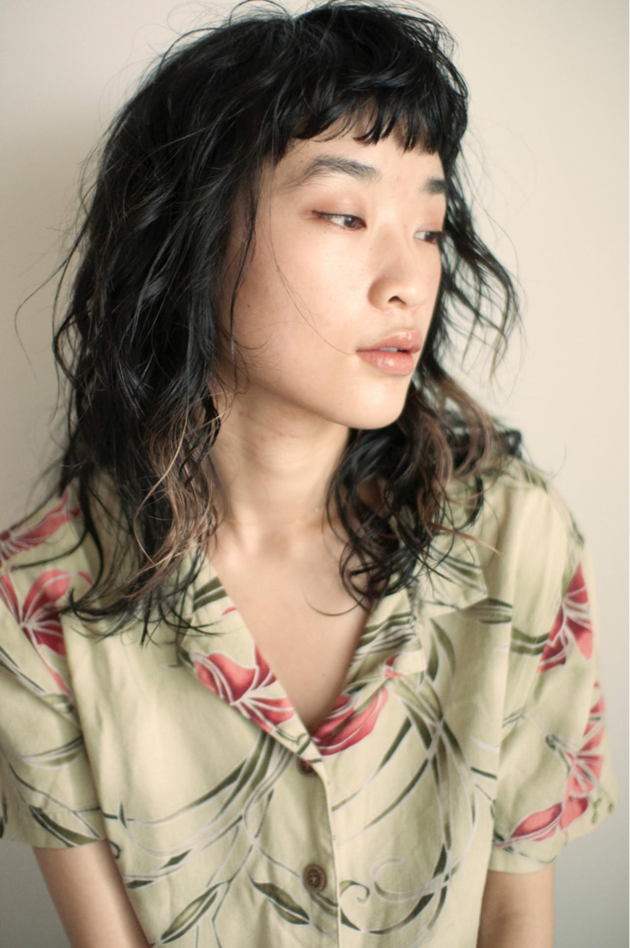 ウルフパーマなら無造作でちょっぴりワイルドに YUKINA / HOMIE TOKYO | HOMIE TOKYO