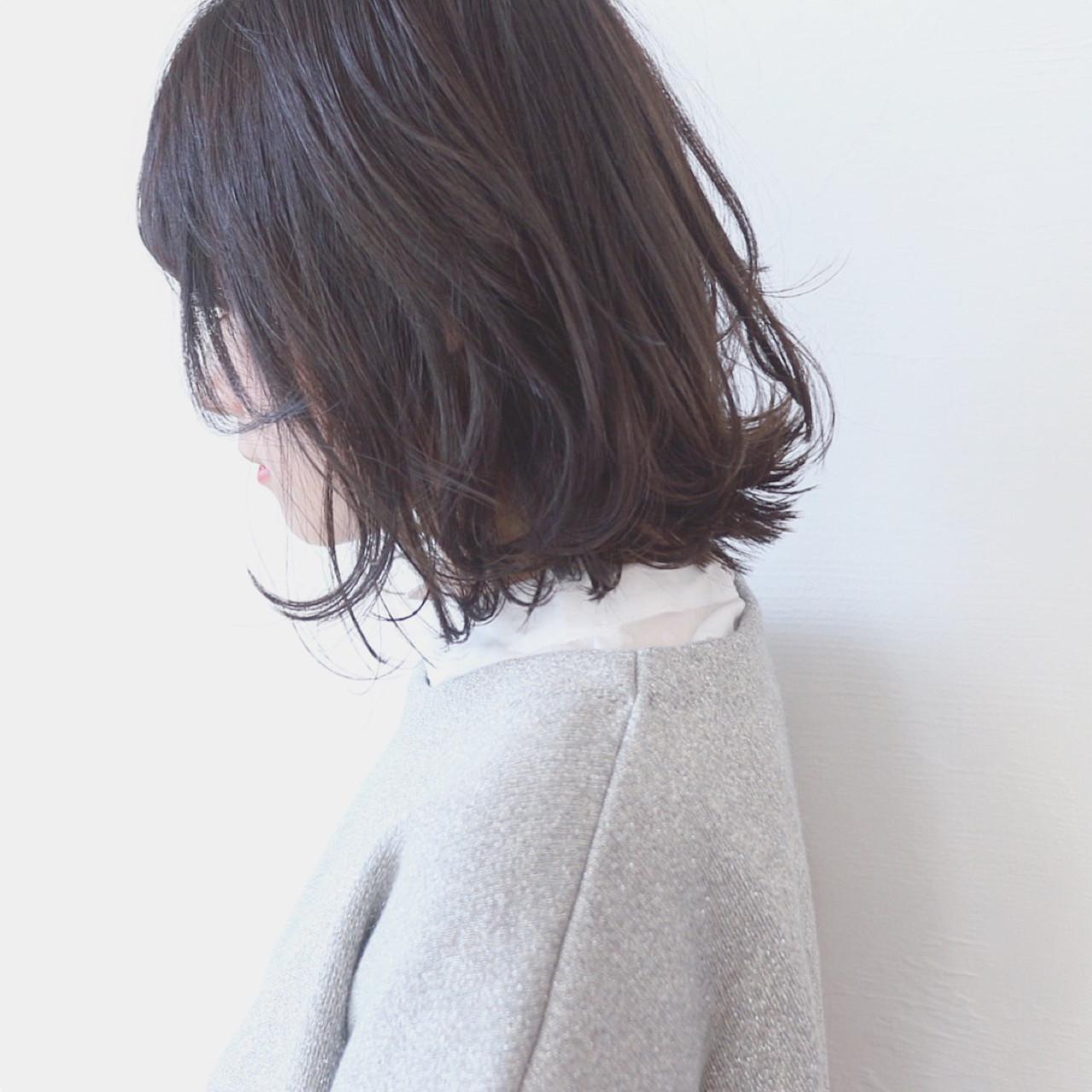 切りっぱなしボブでこなれ感のある外ハネヘア 三好 佳奈美 | Baco.(バコ)
