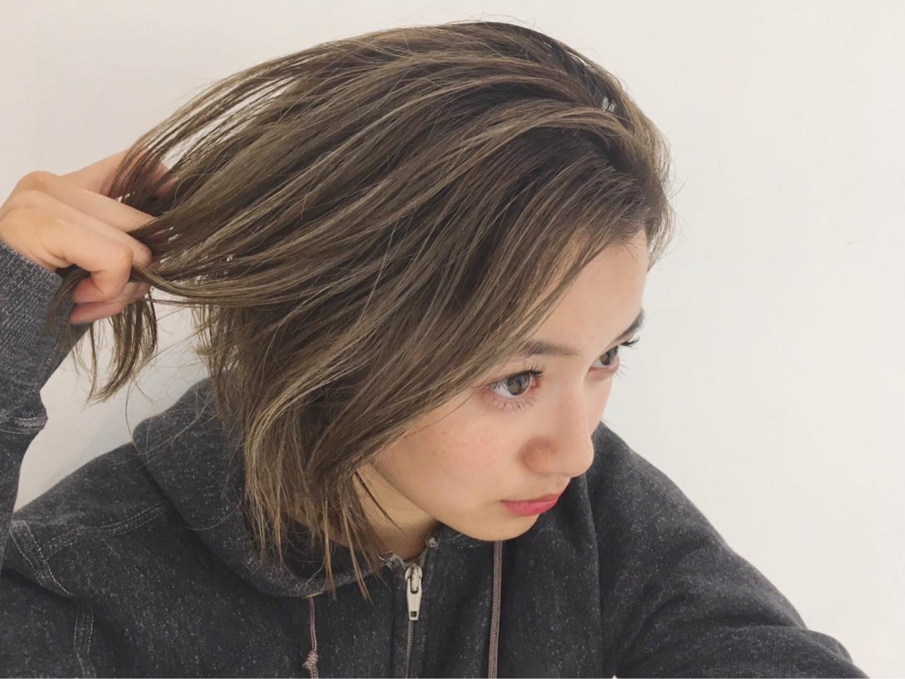 アッシュカラー→金髪?過程を楽しむのもあり 中島 潮里 / LOAVE