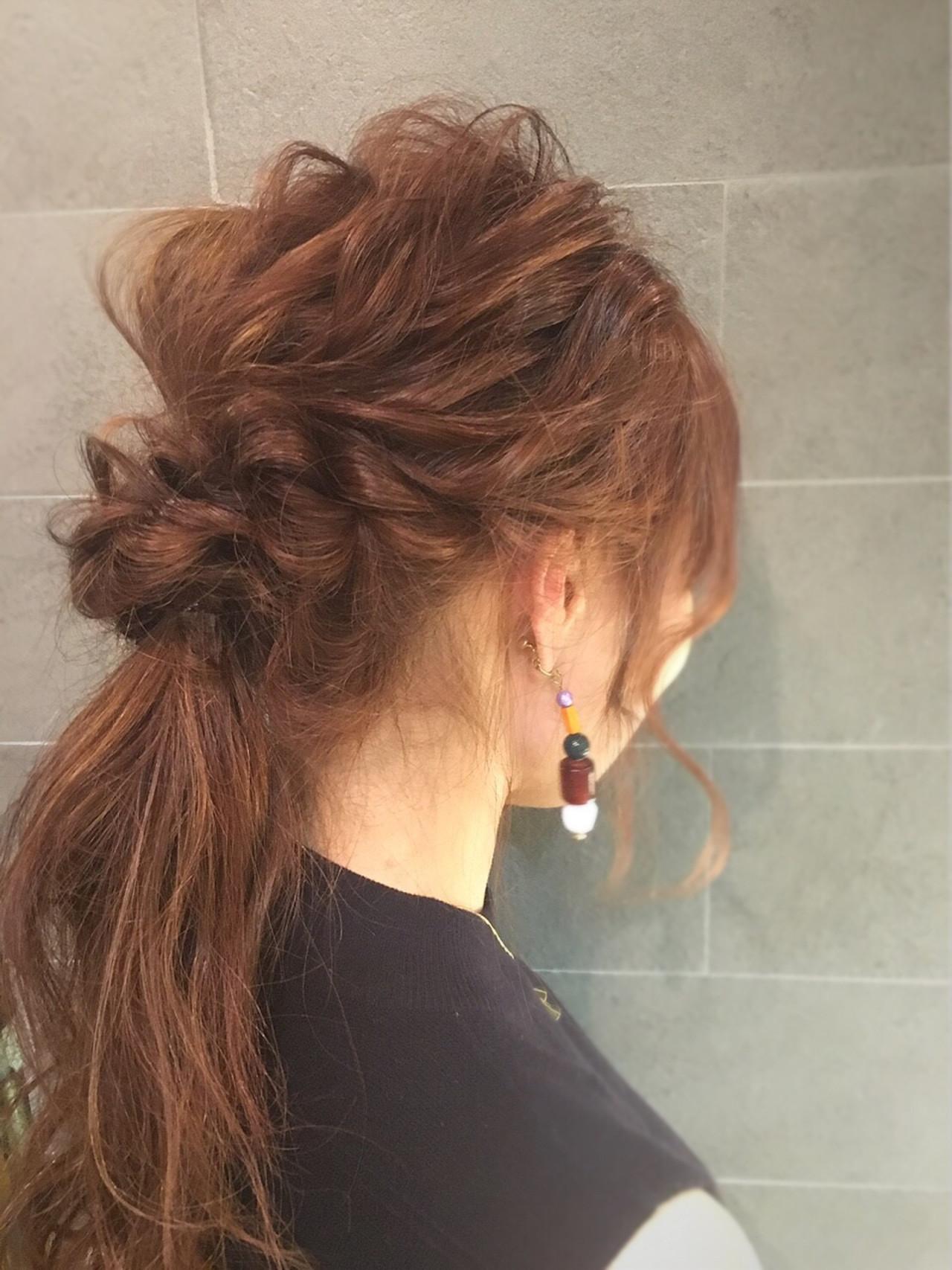 ウェーブ×ねじり髪で女性らしさUP♡ 山田大貴 / throb | throb by reve