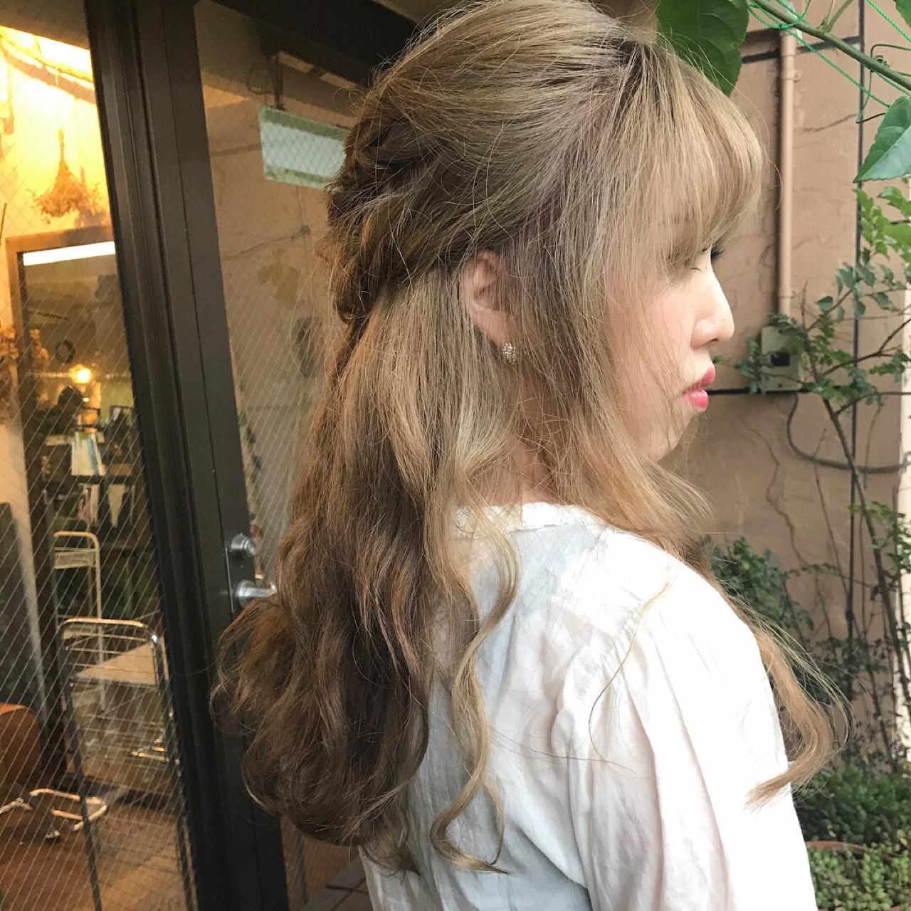 ロングヘアのハーフアップで上品に♡ chill / ALI | HAIR&MAKE ALI