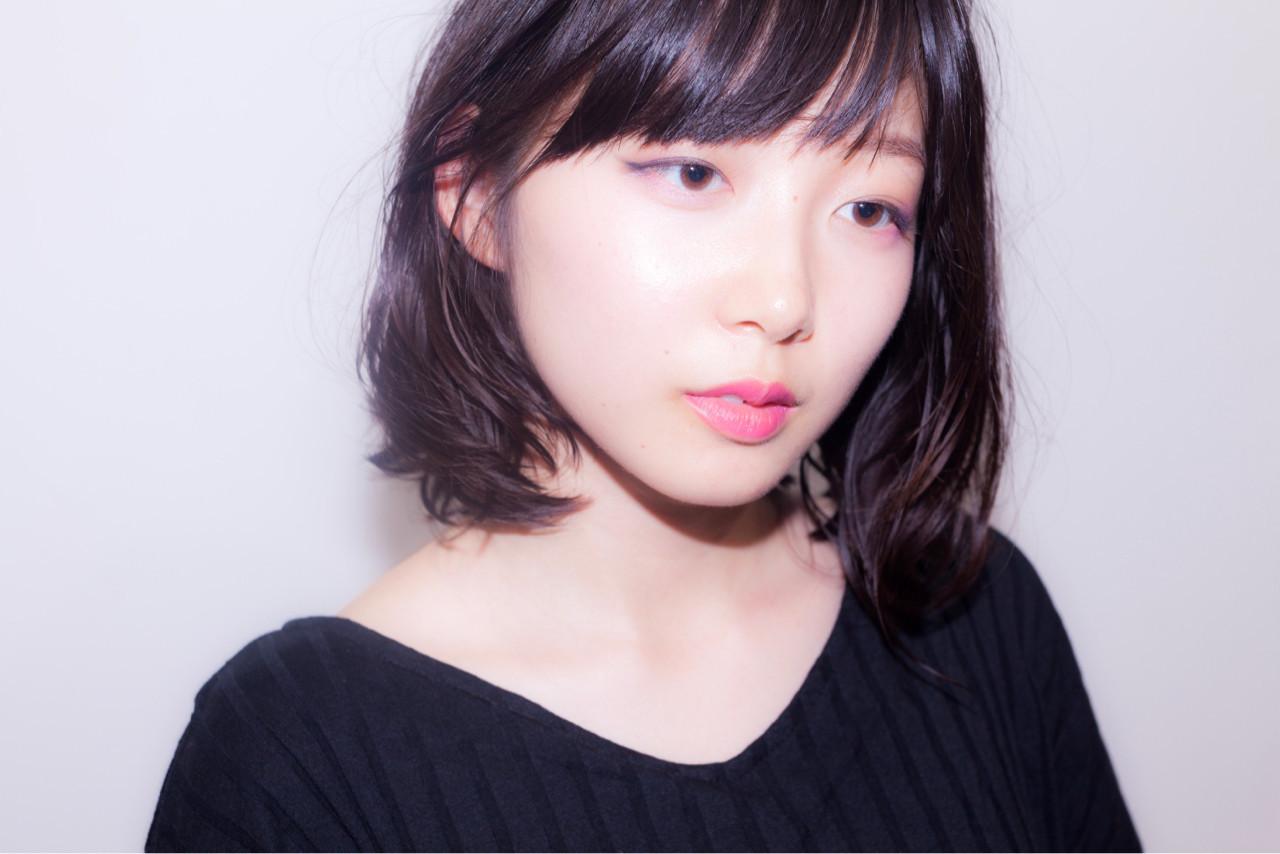 斜めバング×耳かけでフェミニンな印象に♡ 中村真一 | hair make No.8 宮崎市