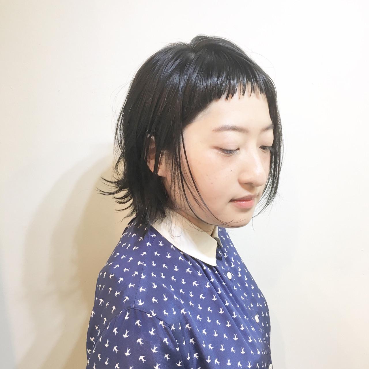 ウルフカット エアリー ナチュラル ボブ ヘアスタイルや髪型の写真・画像
