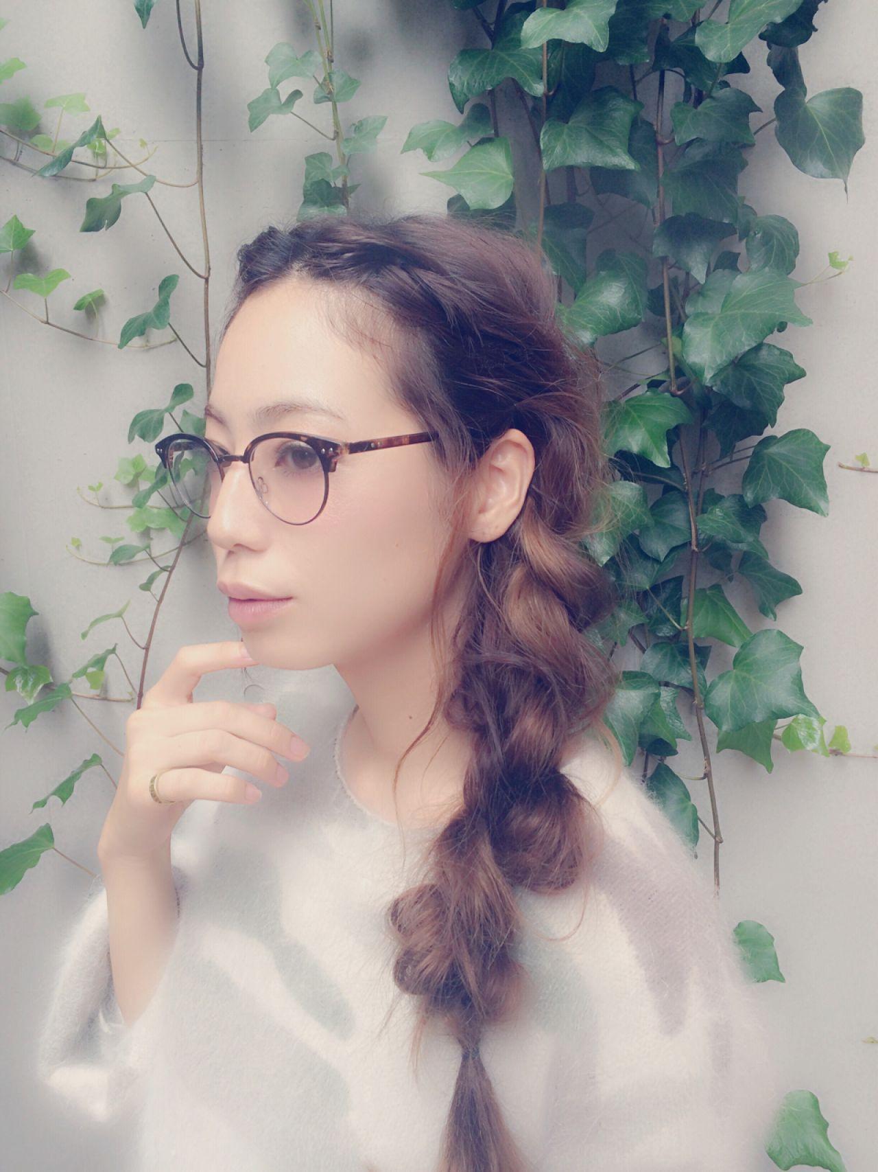 ロングのゆるめ三つ編みサイドアップ 伊藤沙織