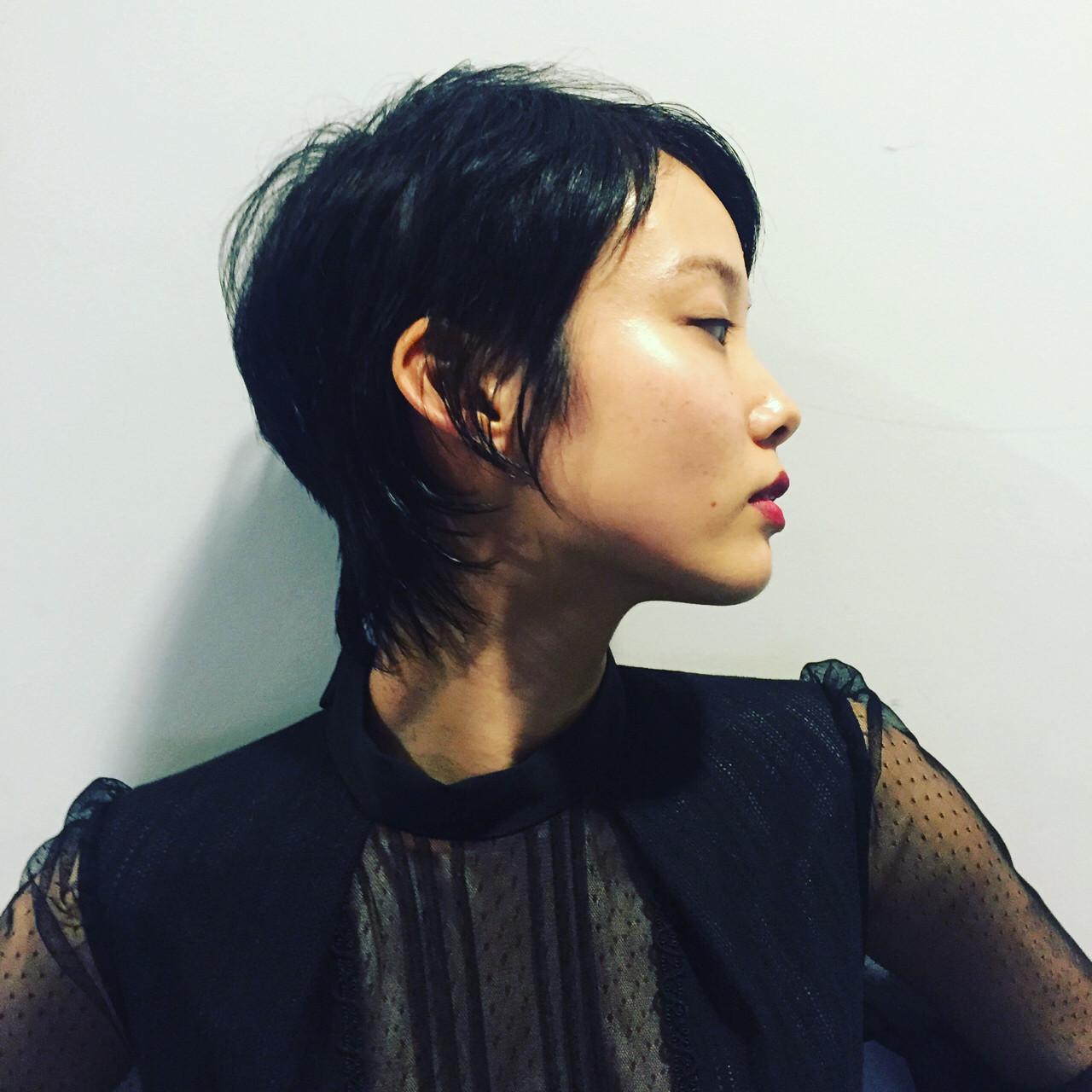 ショート 黒髪 暗髪 モード ヘアスタイルや髪型の写真・画像