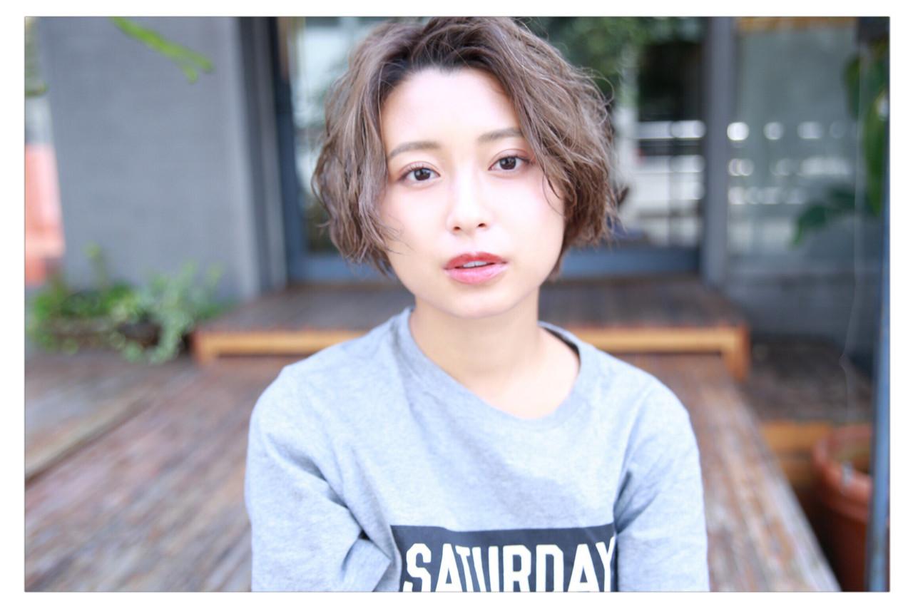 丸顔と相性がよいのは「前髪なし」 小野 圭介 | Salon de SADAM (サロン ド サダム)
