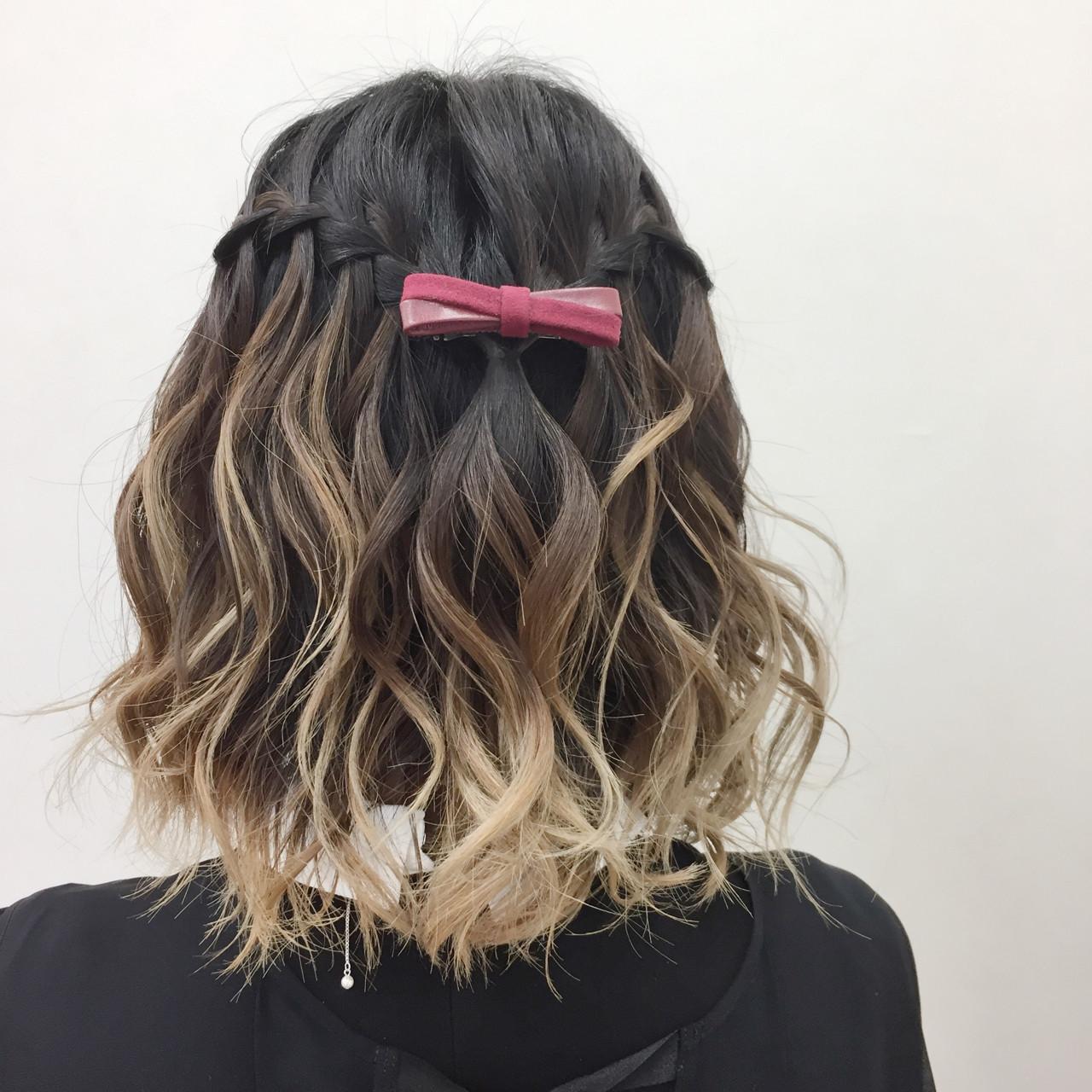 ウォーターフォール スパイラルパーマ グラデーションカラー ガーリー ヘアスタイルや髪型の写真・画像