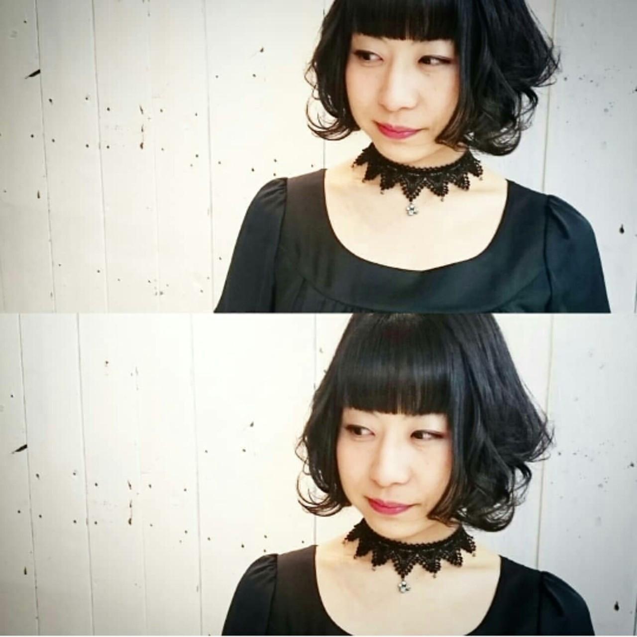 ふわふわカールで気になるエラ部分をカバー KUMA | hair make PUR