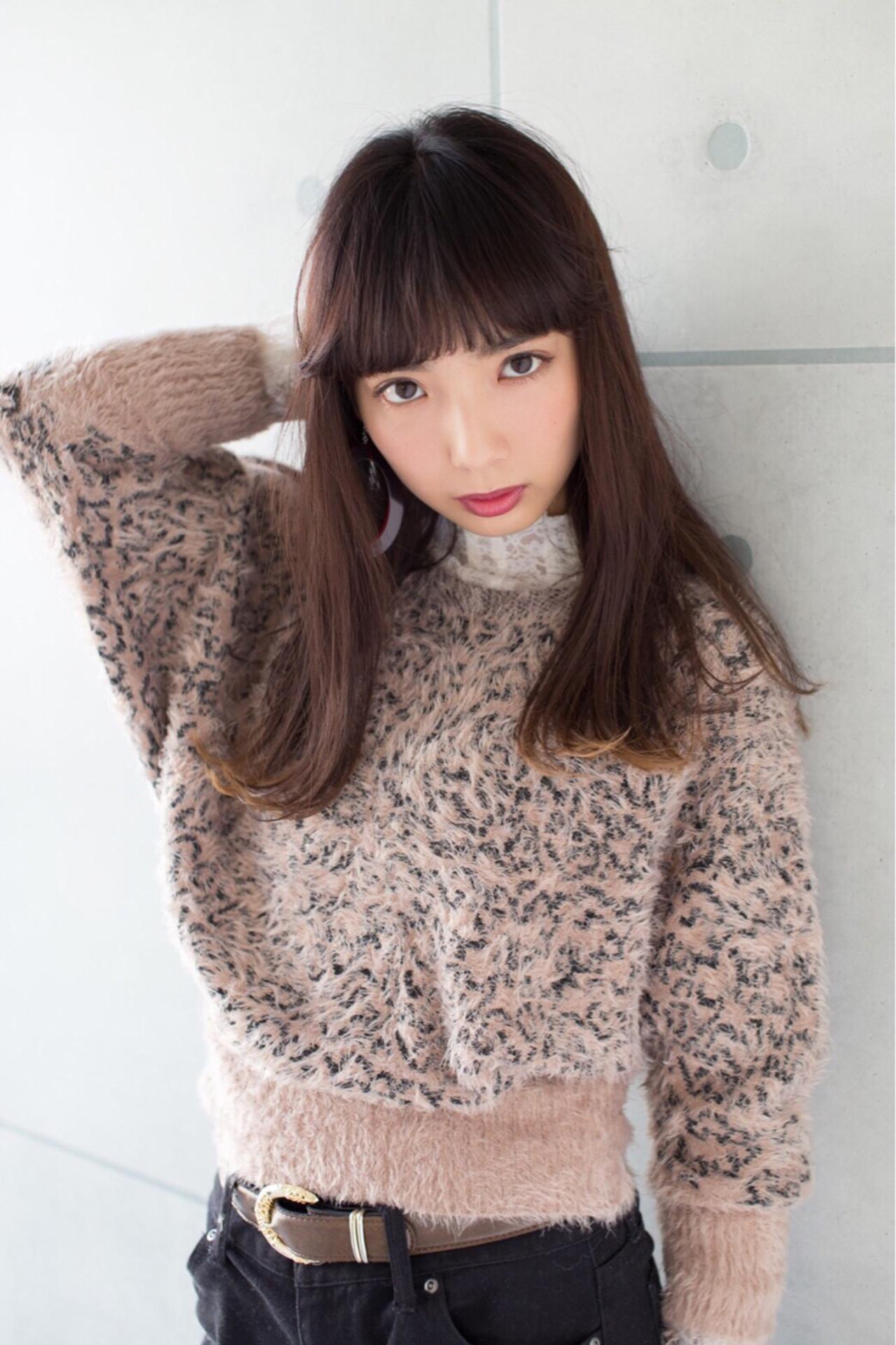 女っぽモード♡な切りっぱなしミディアム Obayashi Natsumi