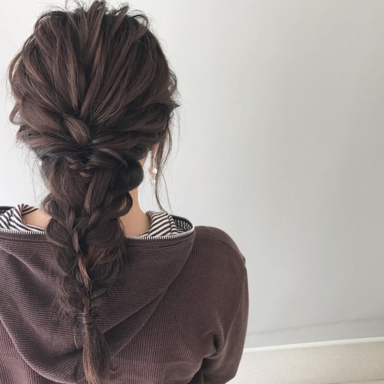 ルーズな編みおろしアレンジでこなれヘア 新谷 朋宏 | Free hairstylist shinya