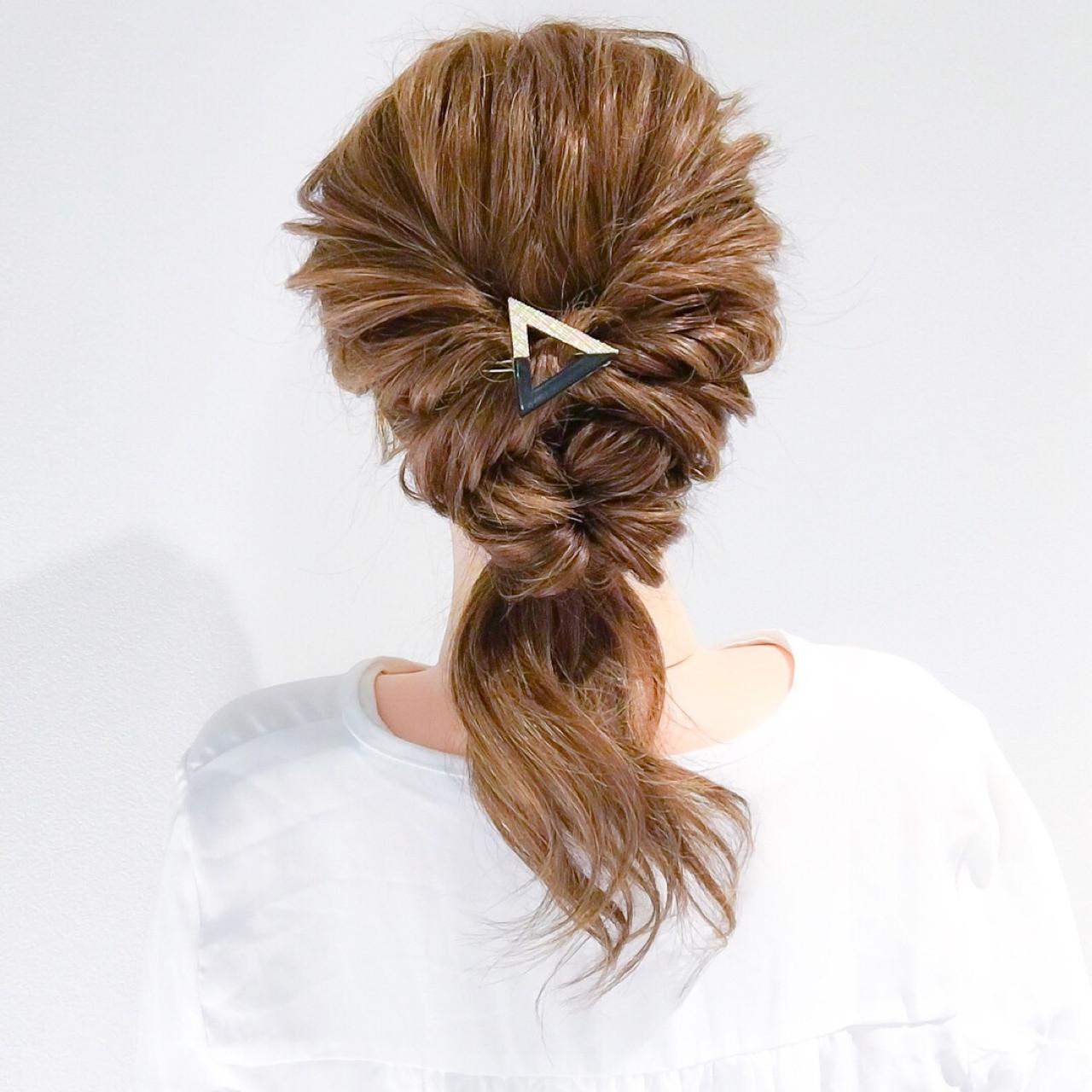 くるりんぱだけで作る簡単ローポニーテール 美容師 HIRO | Amoute/アムティ