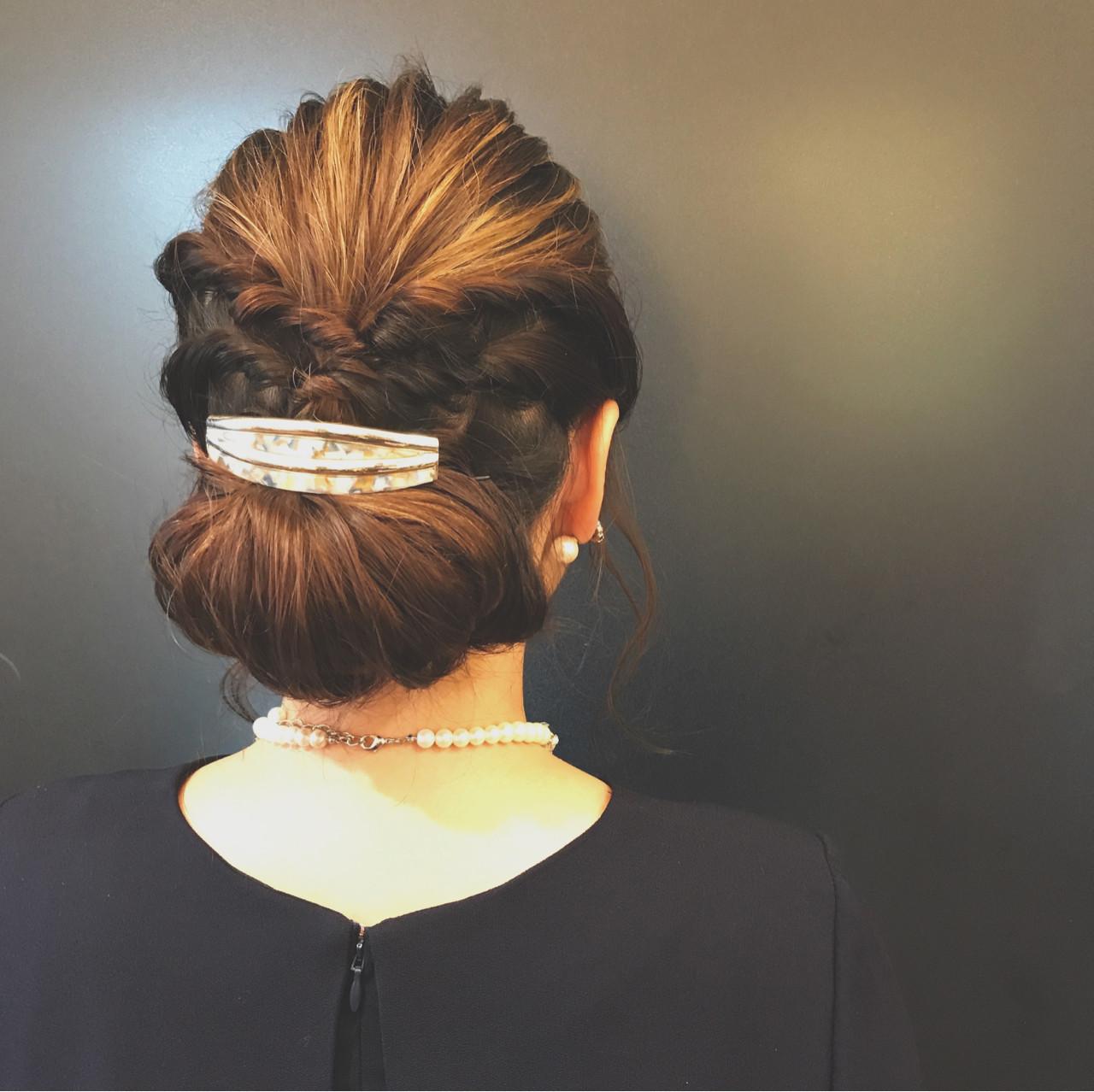 上品で大人な印象のギブソンタック 石井美那 | BERA g hair