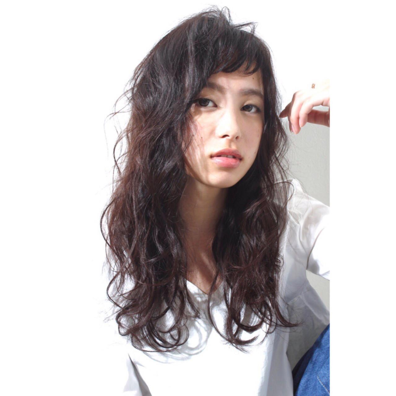 フェミニンカール×オン眉前髪が今っぽい♡ RINO