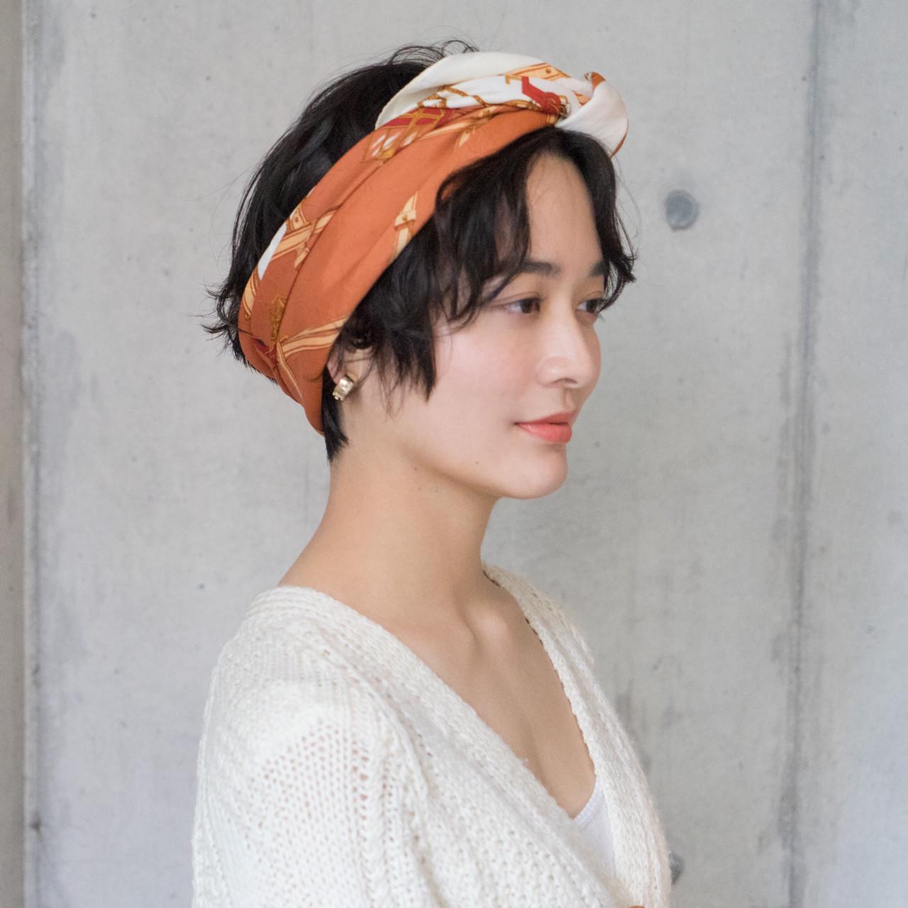 スカーフアレンジでレトロクラシック タカハシ アヤミ | ROVER
