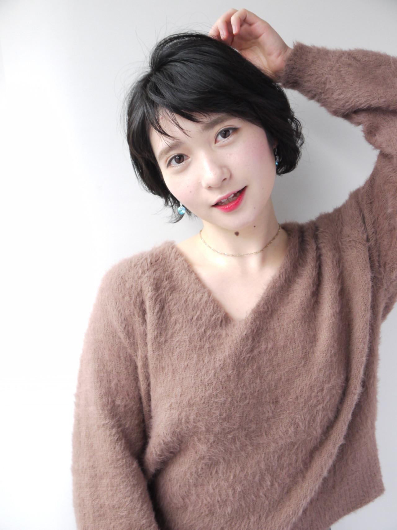 黒髪もショートバングなら軽やかな仕上がりに! Hiroki Sakuma