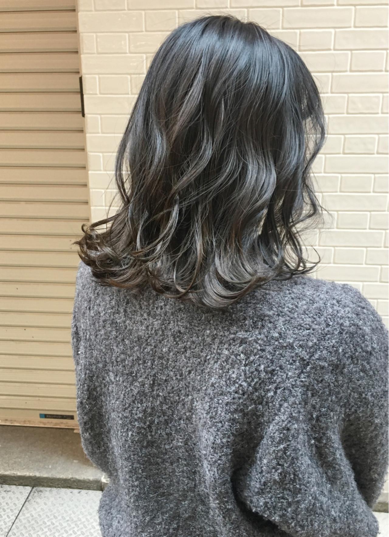 ウェットな質感で巻き髪を綺麗に見せる効果も♡ 瀧田 喬 | onebyoneCLACCA
