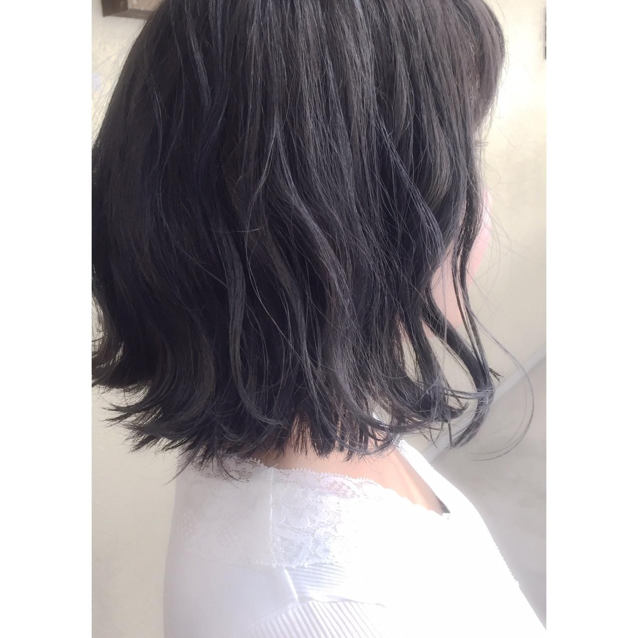 黒髪ではなくネイビーアッシュで艶髪に 前樫 将太