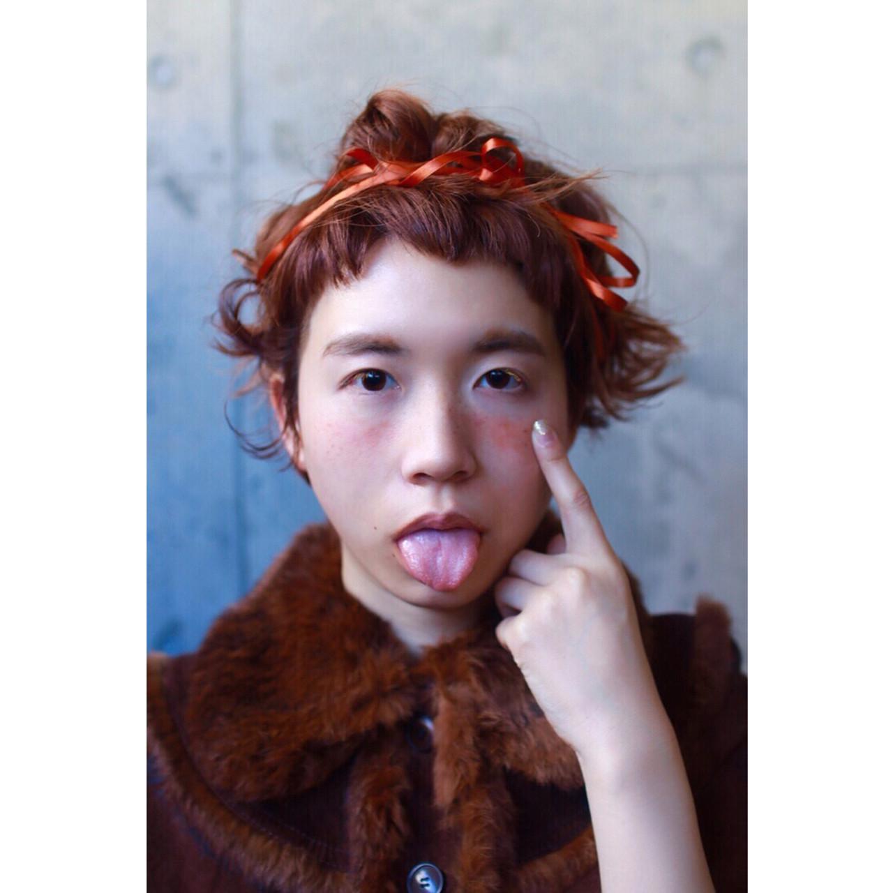 ヘアアレンジ ナチュラル オレンジ パーマ ヘアスタイルや髪型の写真・画像