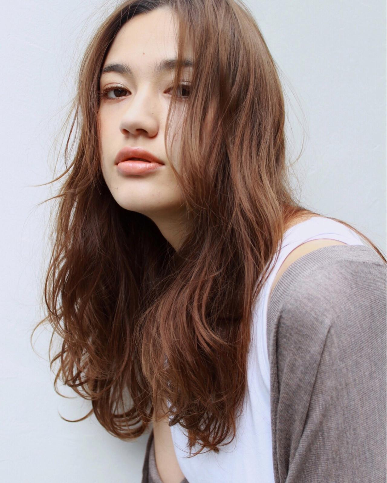抜け感 セミロング アンニュイ ナチュラル ヘアスタイルや髪型の写真・画像
