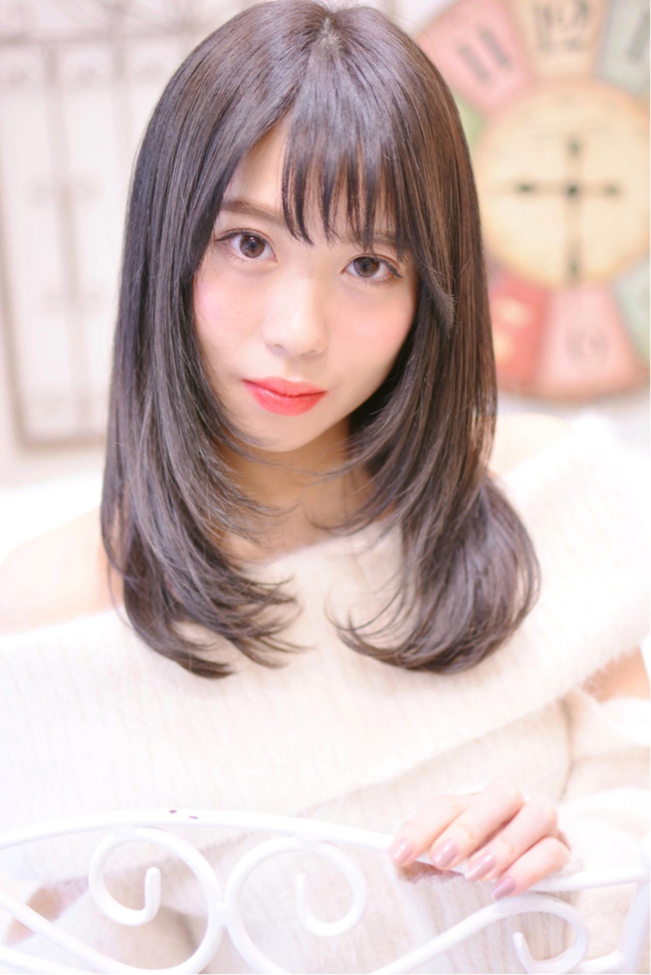長さは目の上ギリギリラインで目力アップ! Shiko Kajihara | メイズ