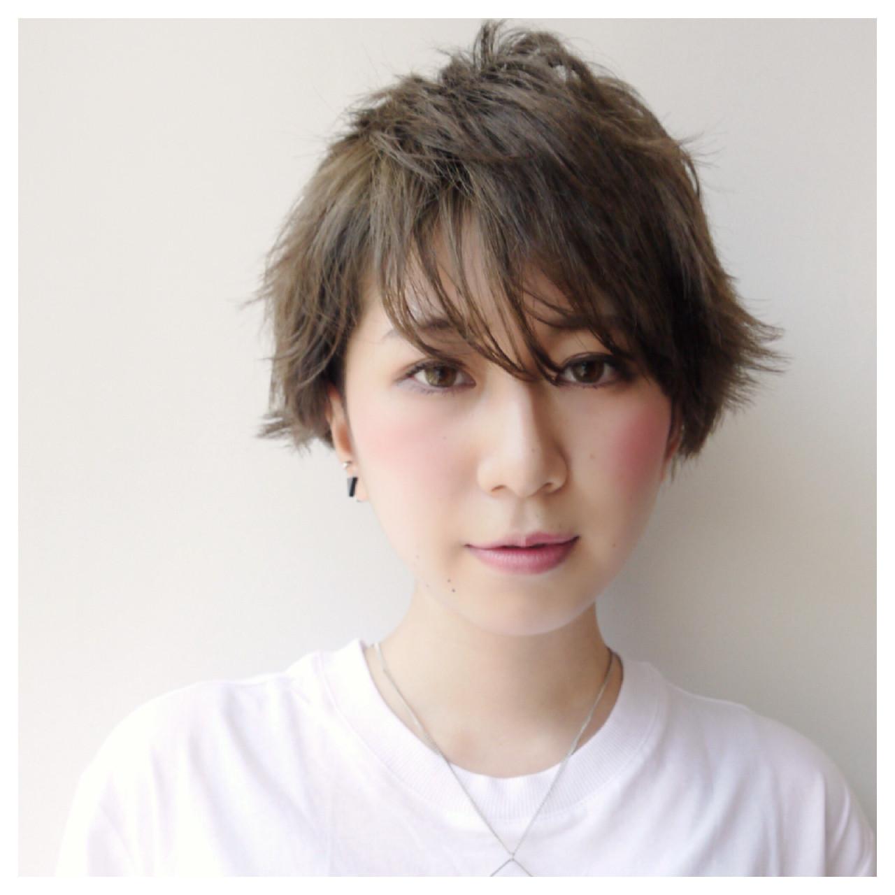 アッシュ 透明感 秋 ショート ヘアスタイルや髪型の写真・画像