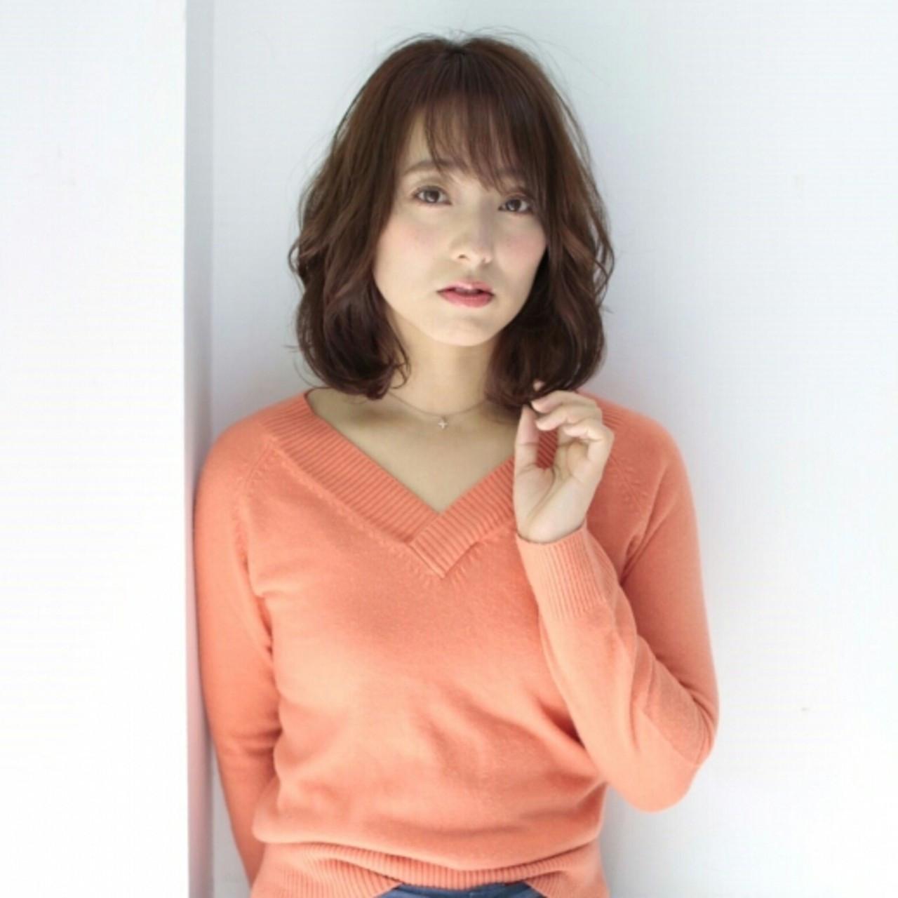 ゆるふわが素敵♪小顔ミディアム asuka