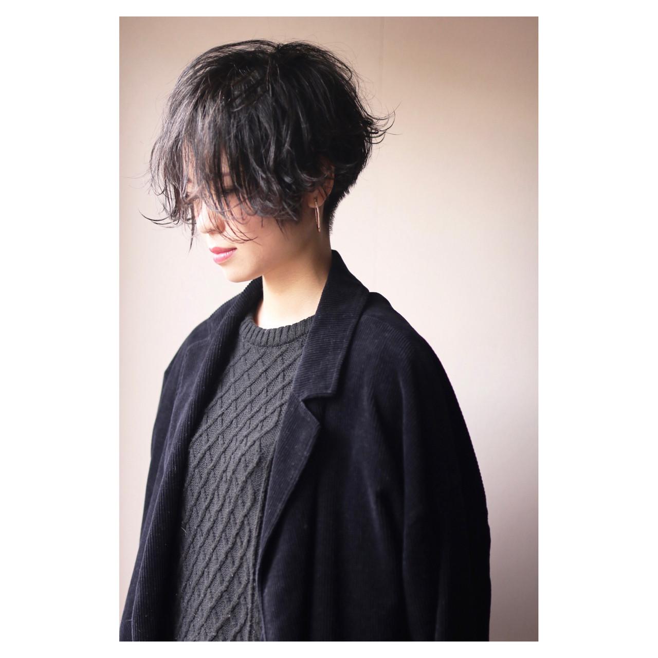 刈上げがクールで色っぽいスタイル ショート職人 伊藤修久 【#tag】