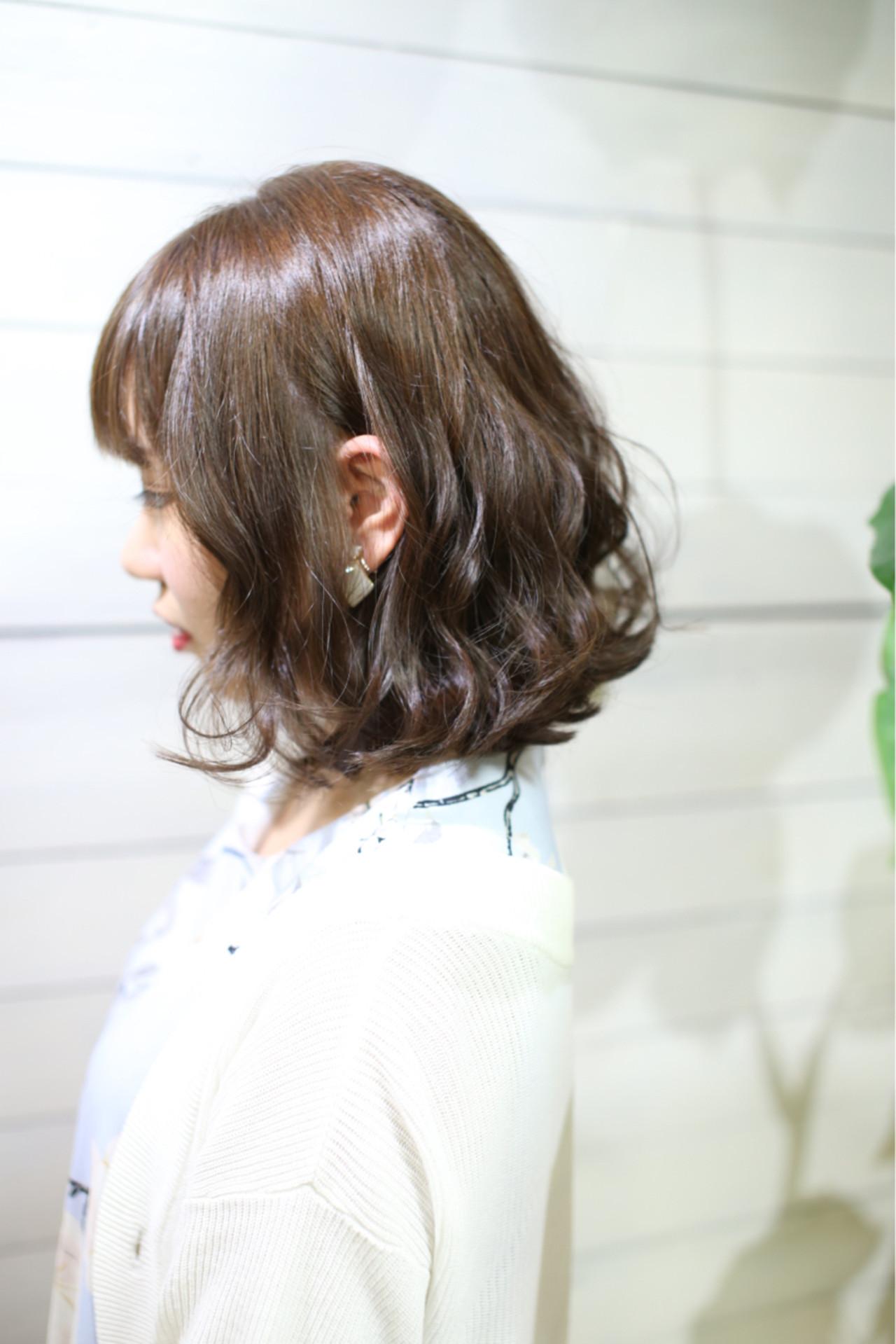 前下がりボブならガーリーな女性に♡ 武久 誠 | savian hair garelly