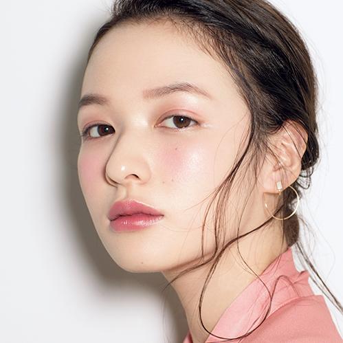 【VOCE4月号 Topics1】イガリシノブ『美肌見せメイク』秘密の黄金レシピ