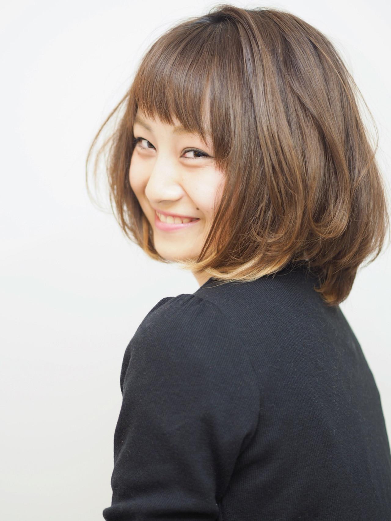 毛先にさりげなくポイントカラーで個性派ミディアム♪ 石川明 | annex枚方店