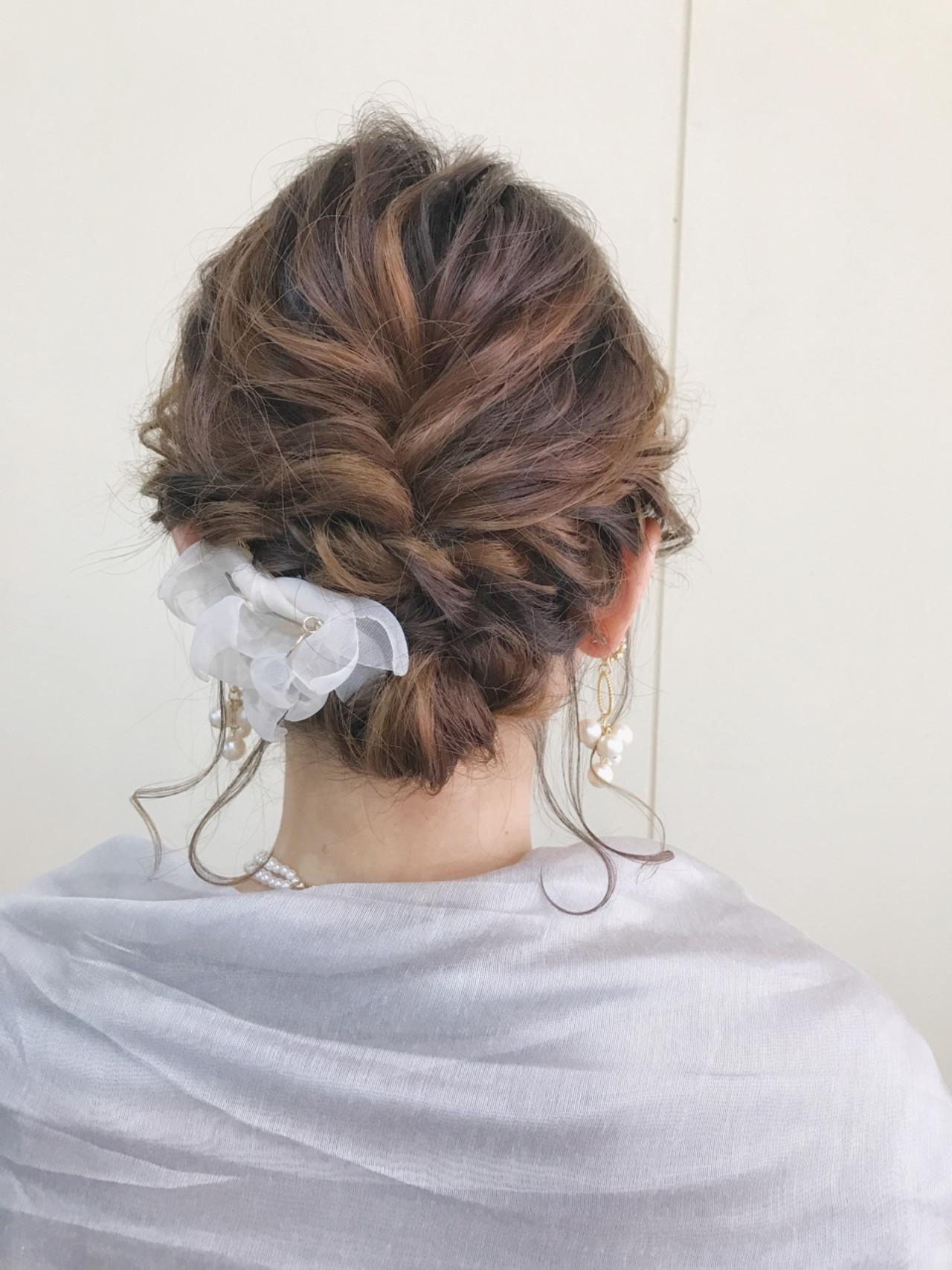 結婚式におすすめボブスタイルのロープ編みアレンジ サワ | PONY